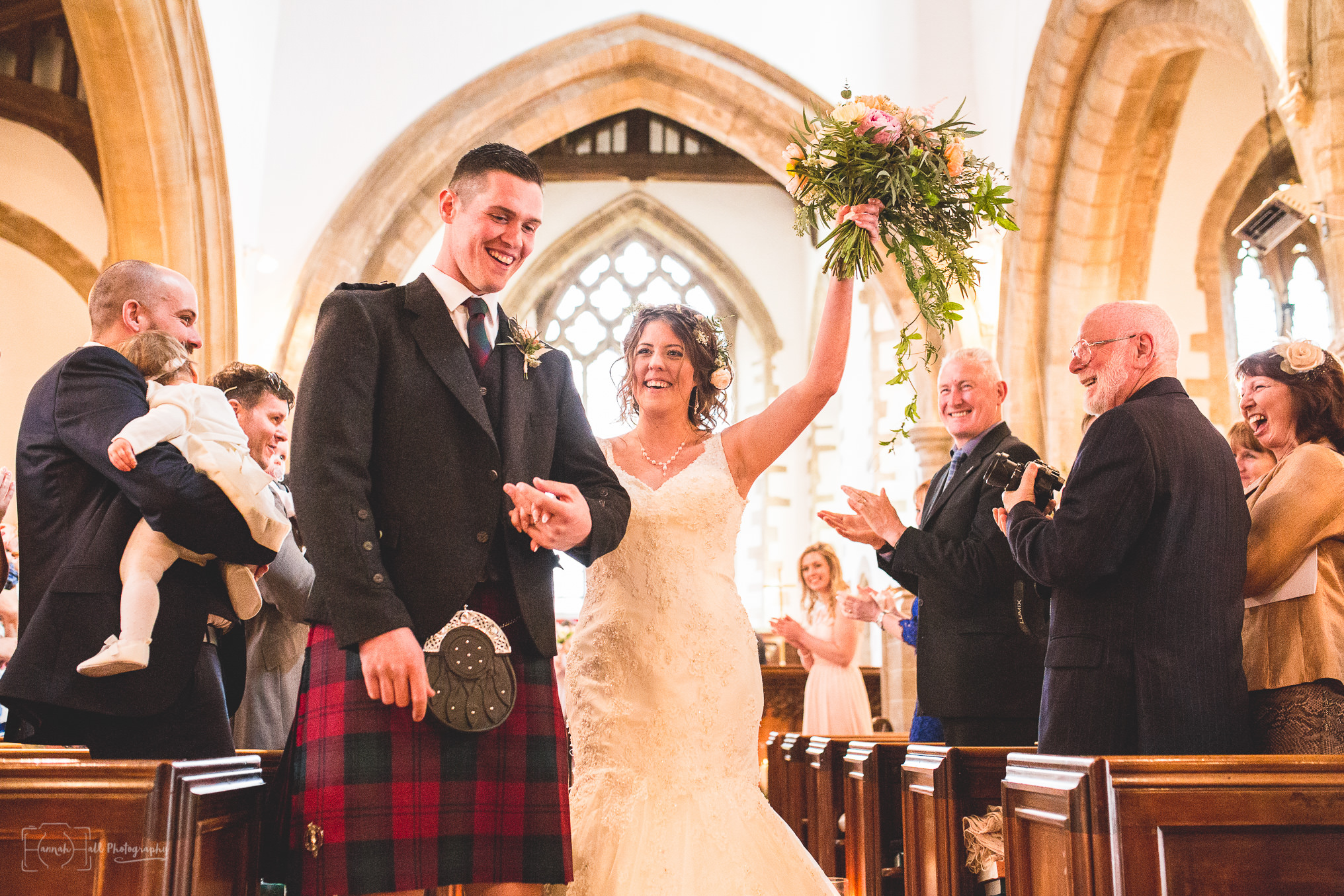 HHP-kilts-ceilidh-floral-wedding-27
