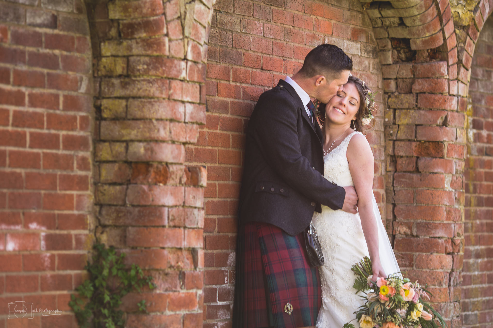 HHP-kilts-ceilidh-floral-wedding-31