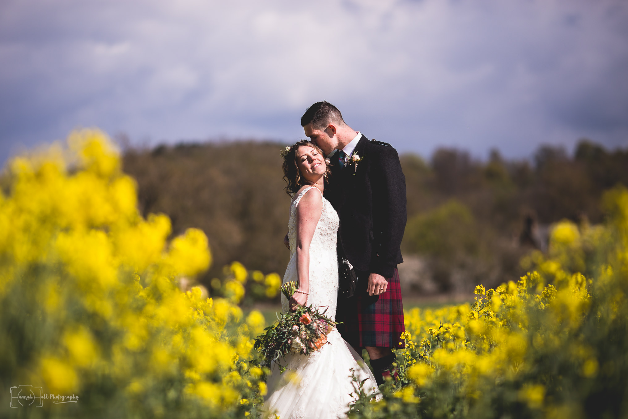 HHP-kilts-ceilidh-floral-wedding-32