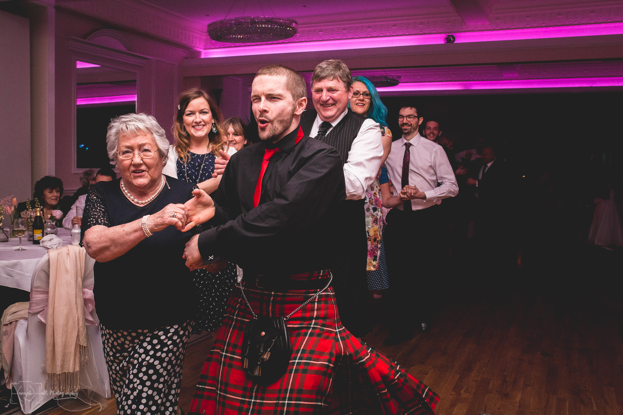 HHP-kilts-ceilidh-floral-wedding-44
