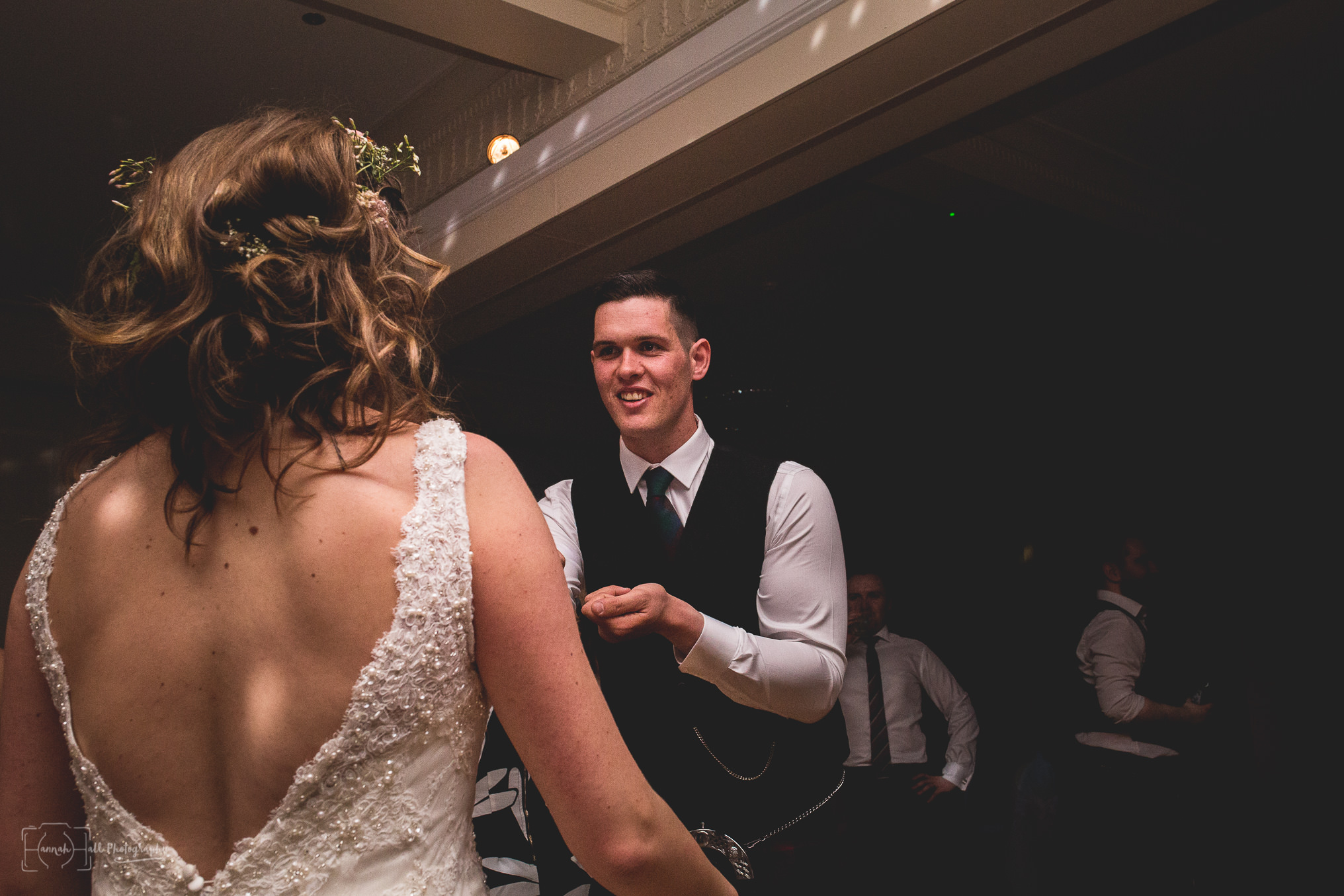 HHP-kilts-ceilidh-floral-wedding-52