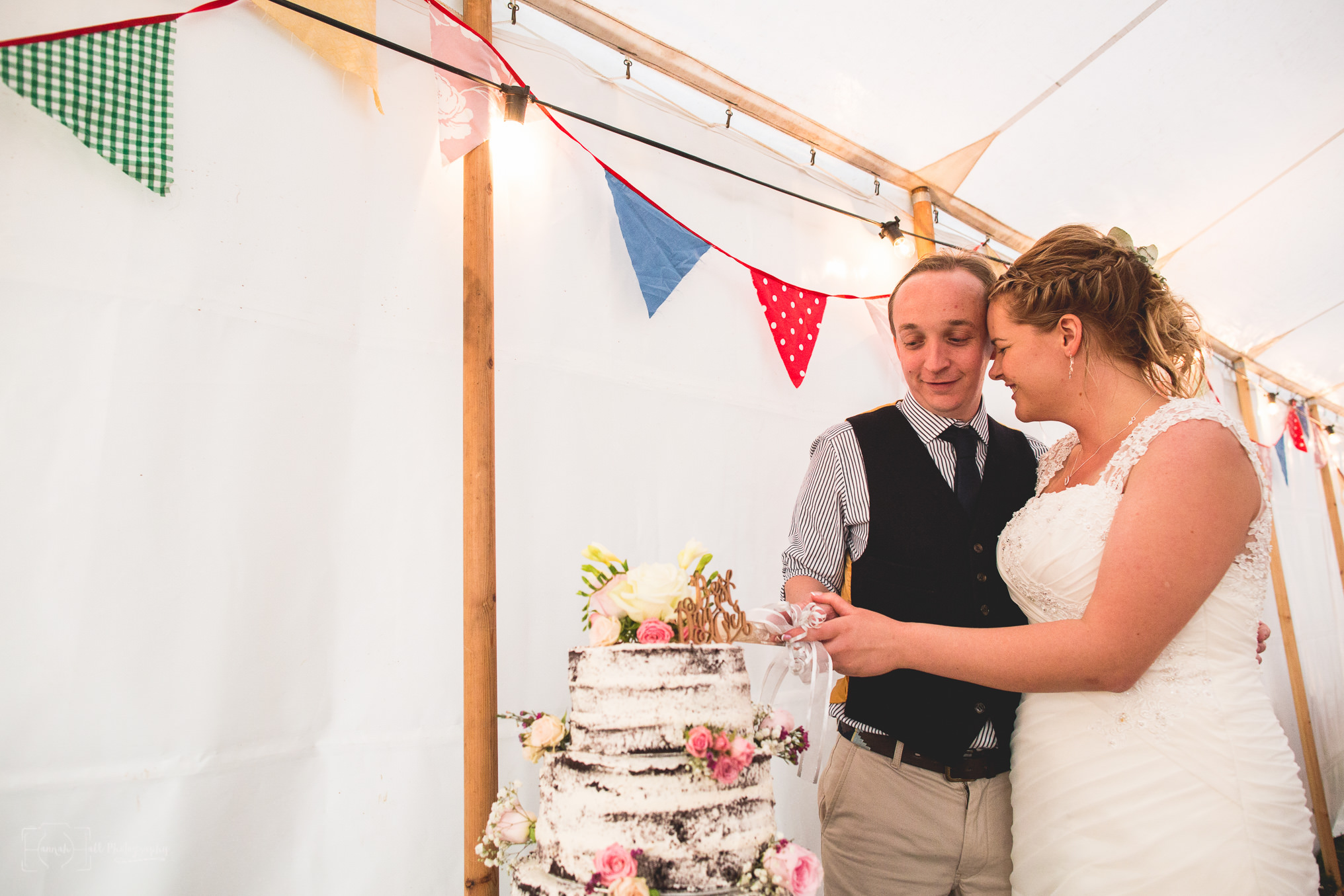HHP-relaxed-festival-marquee-wedding-110