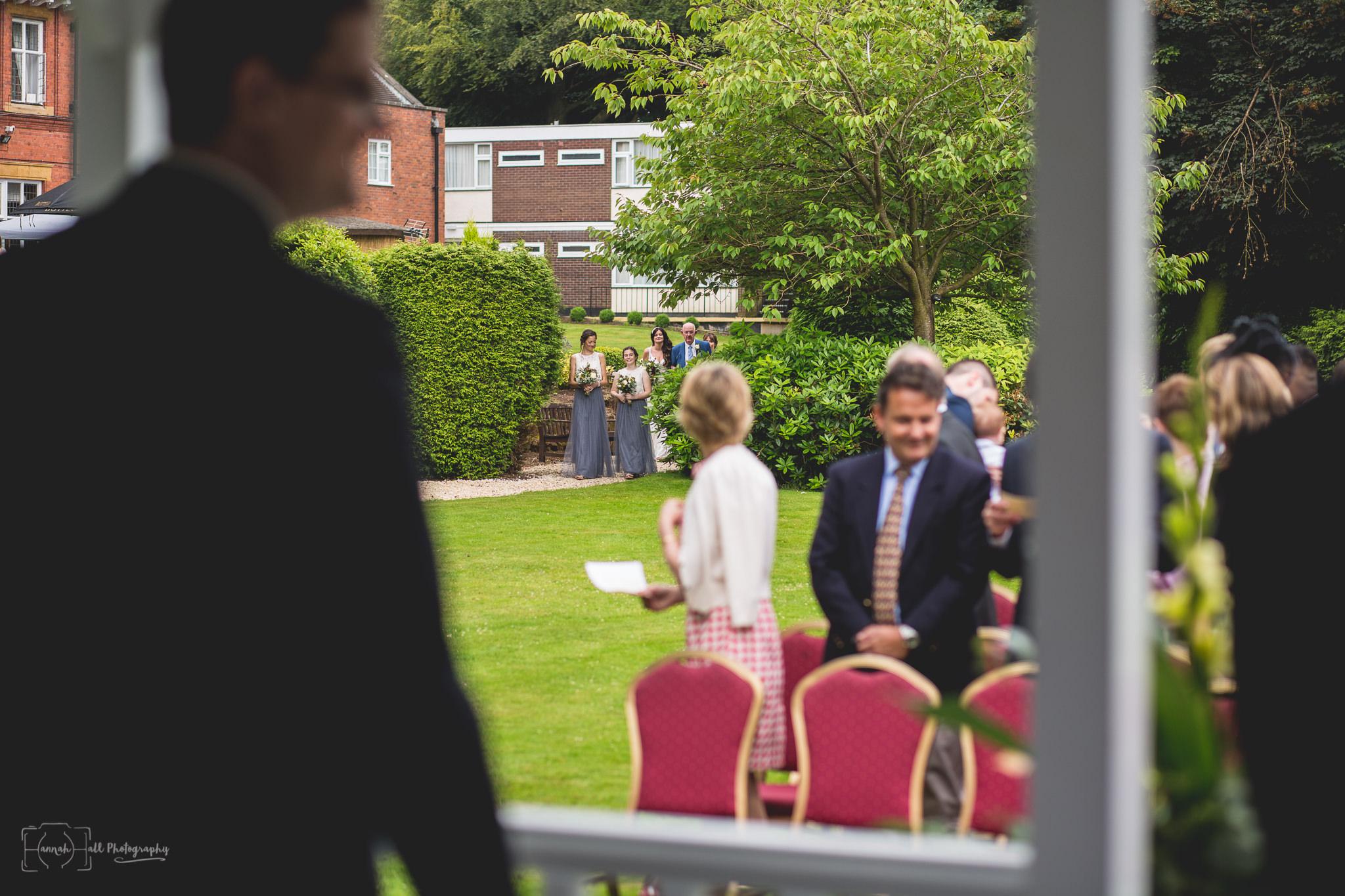 hhp-back-garden-wedding-24
