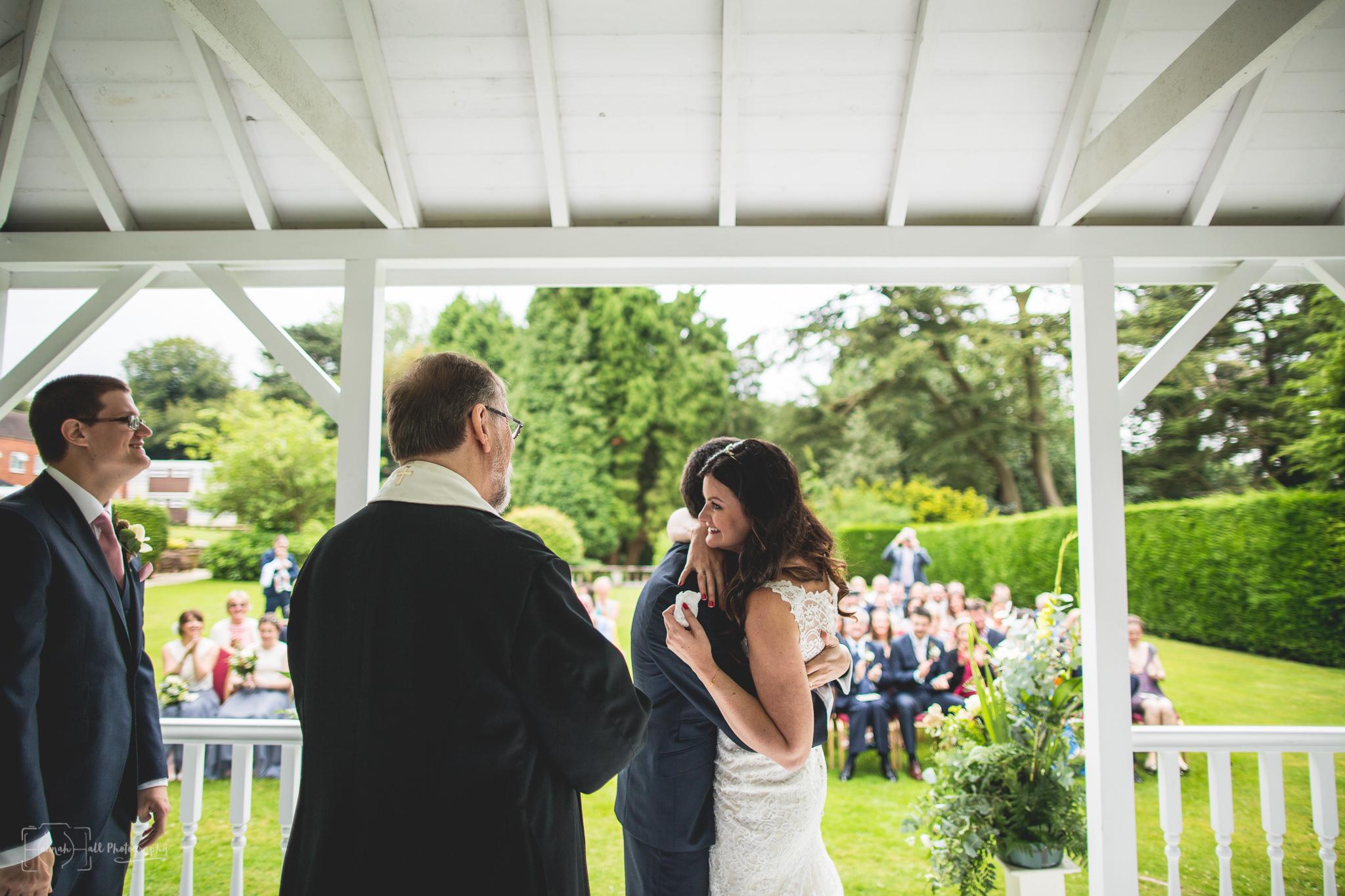 hhp-back-garden-wedding-30