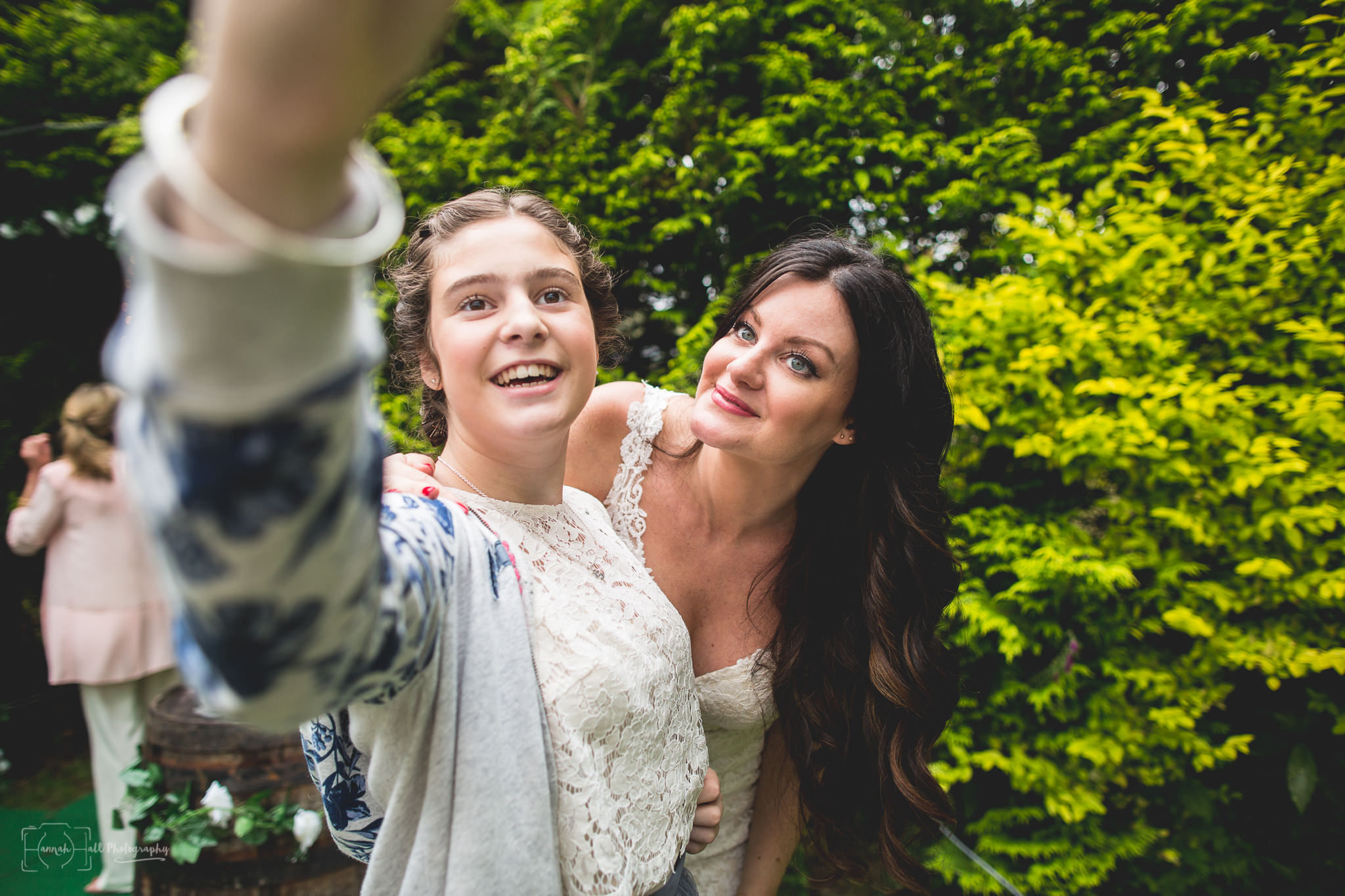 hhp-back-garden-wedding-52