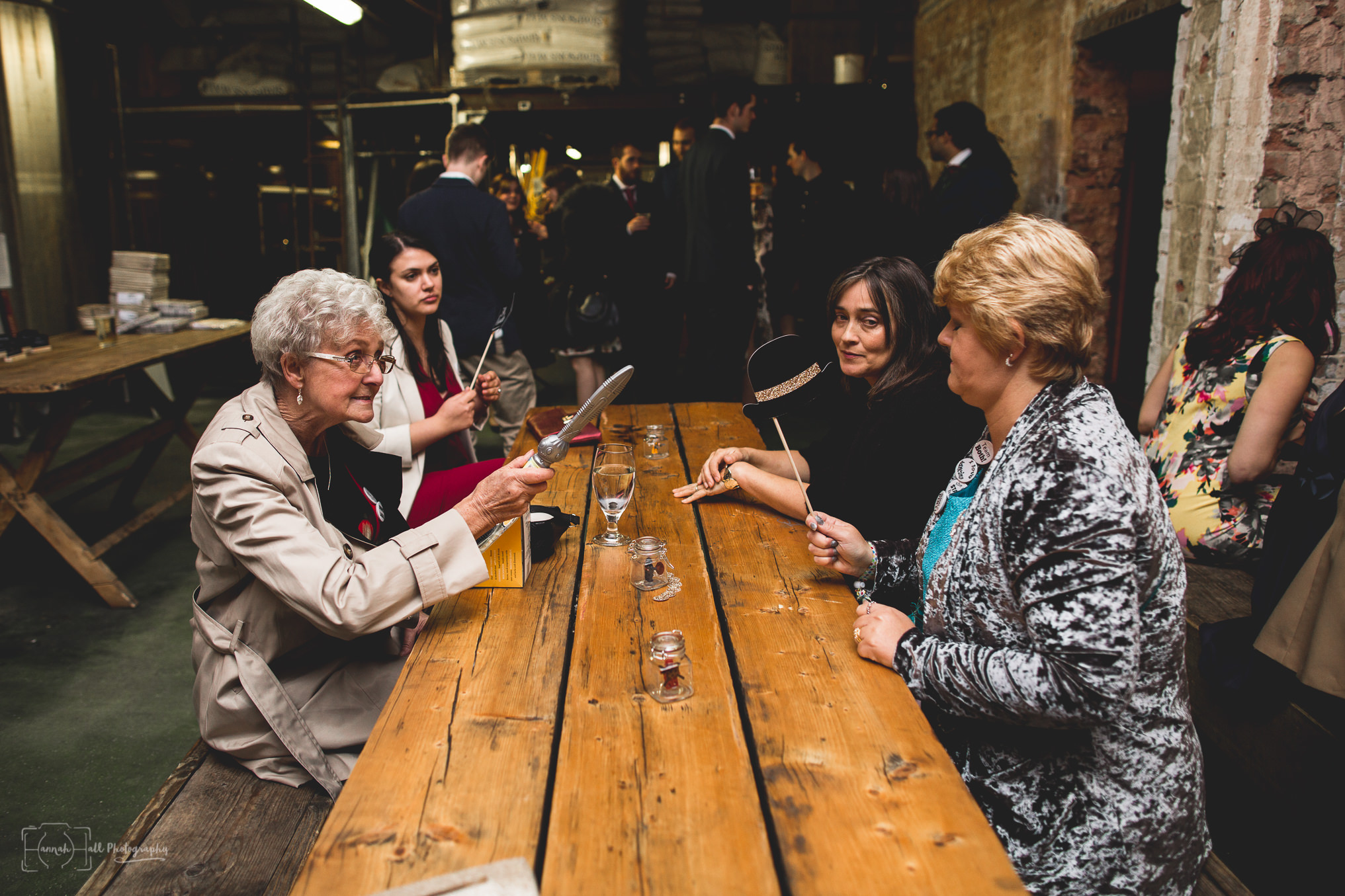 crate-brewery-hackney-wedding-37