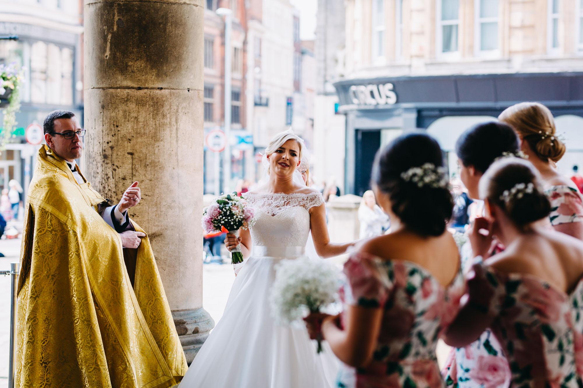 book-theme-wedding-dodmoor-house-14