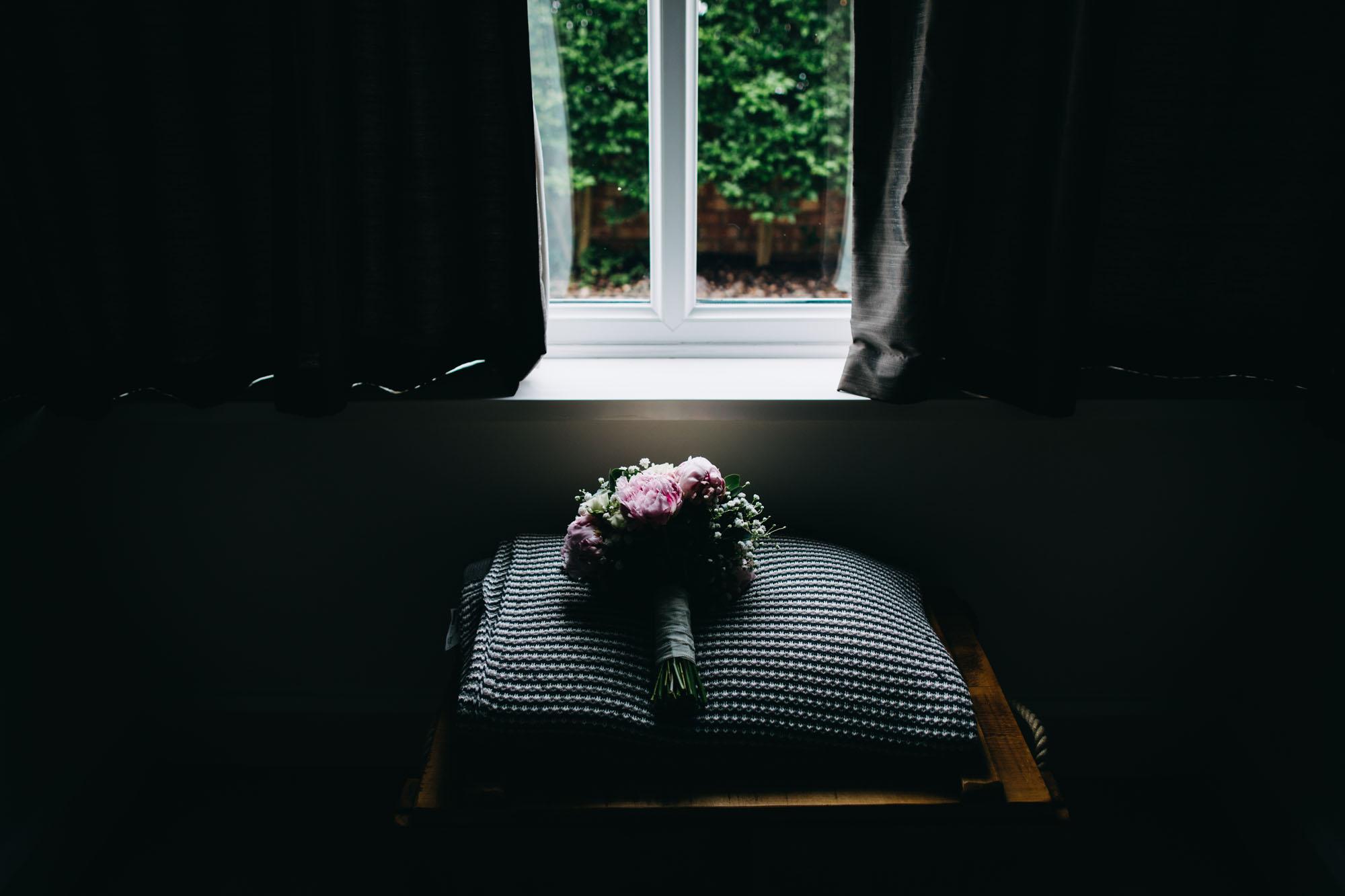 book-theme-wedding-dodmoor-house-2