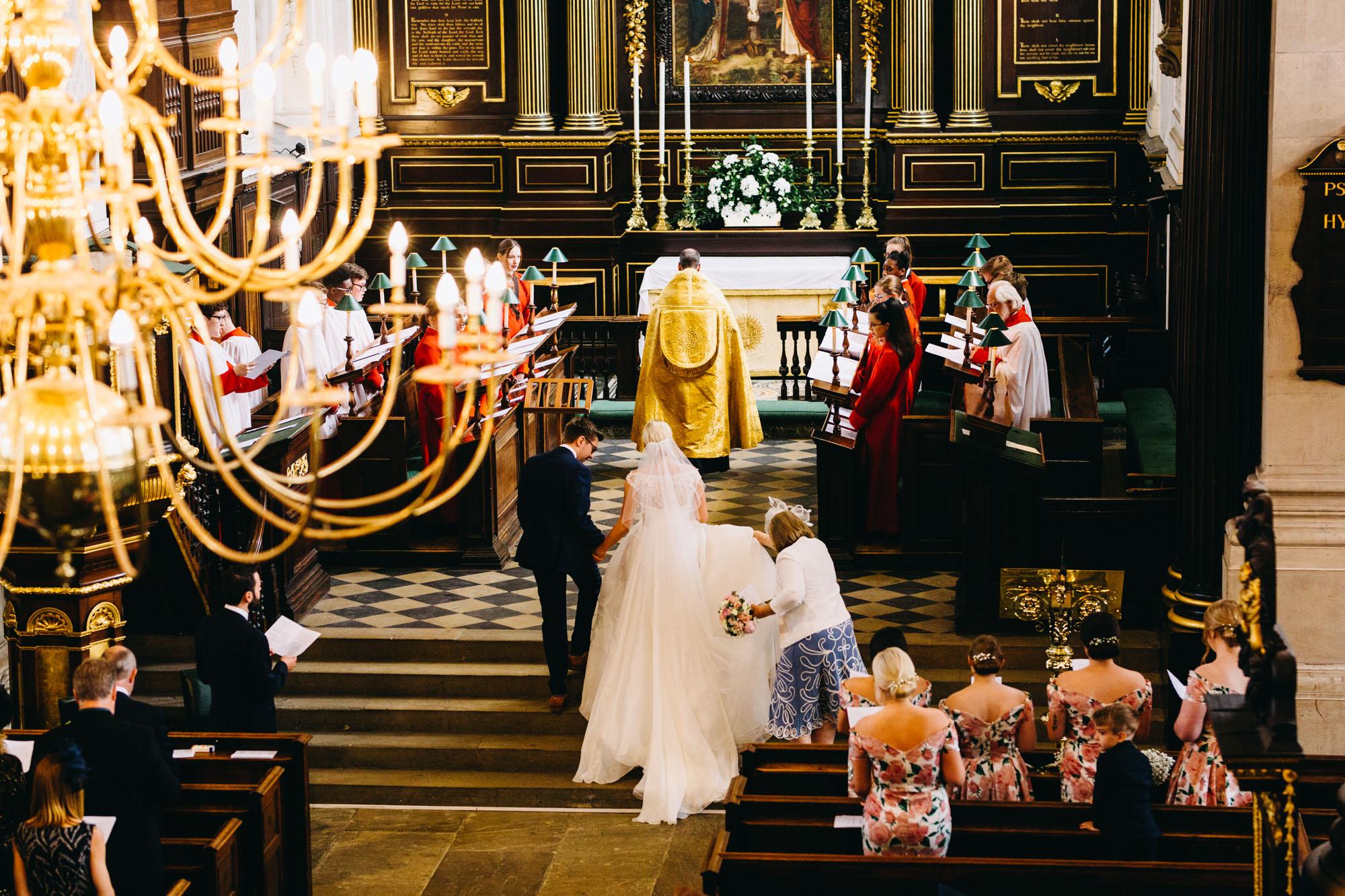 book-theme-wedding-dodmoor-house-22