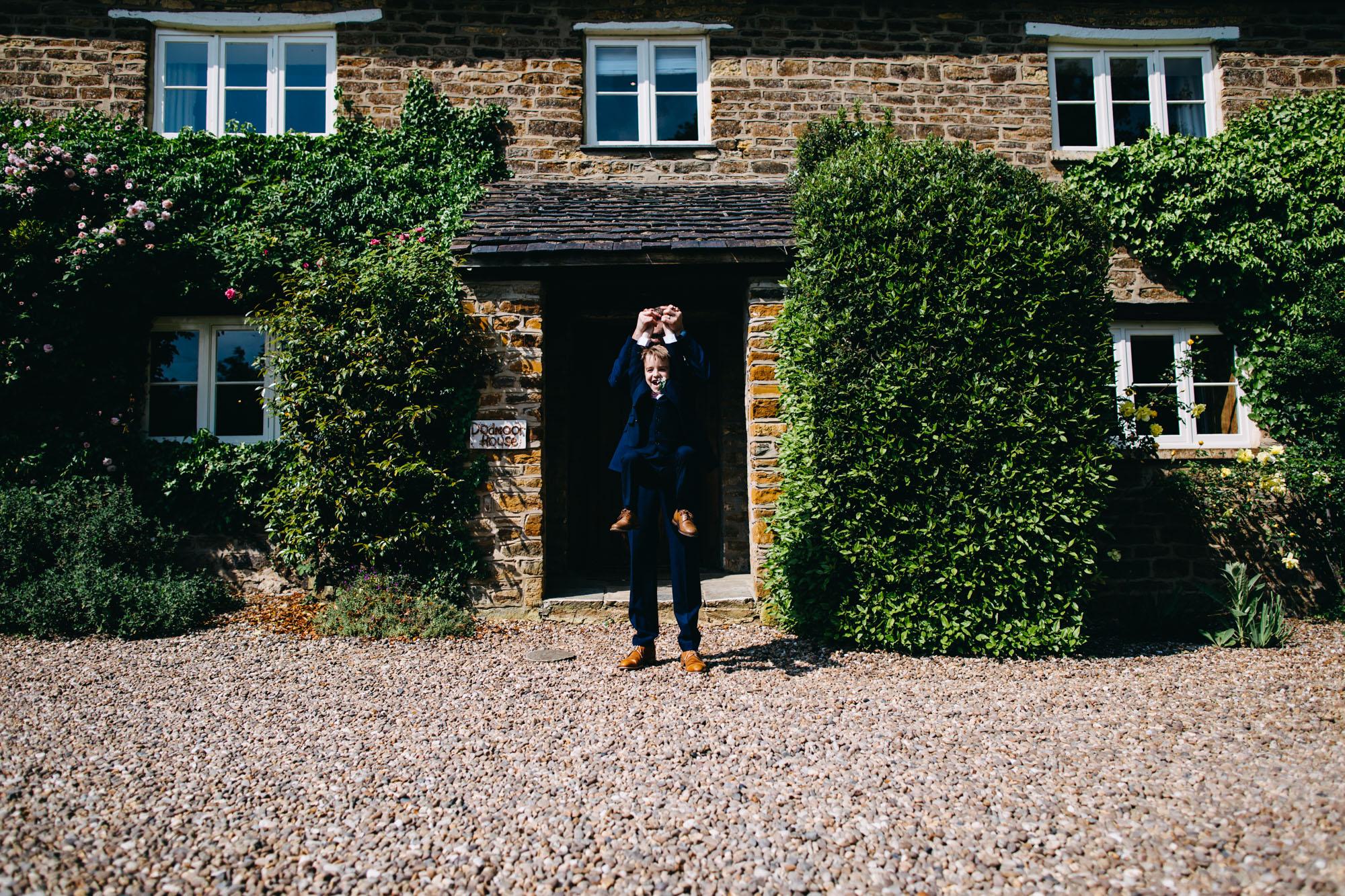 book-theme-wedding-dodmoor-house-36