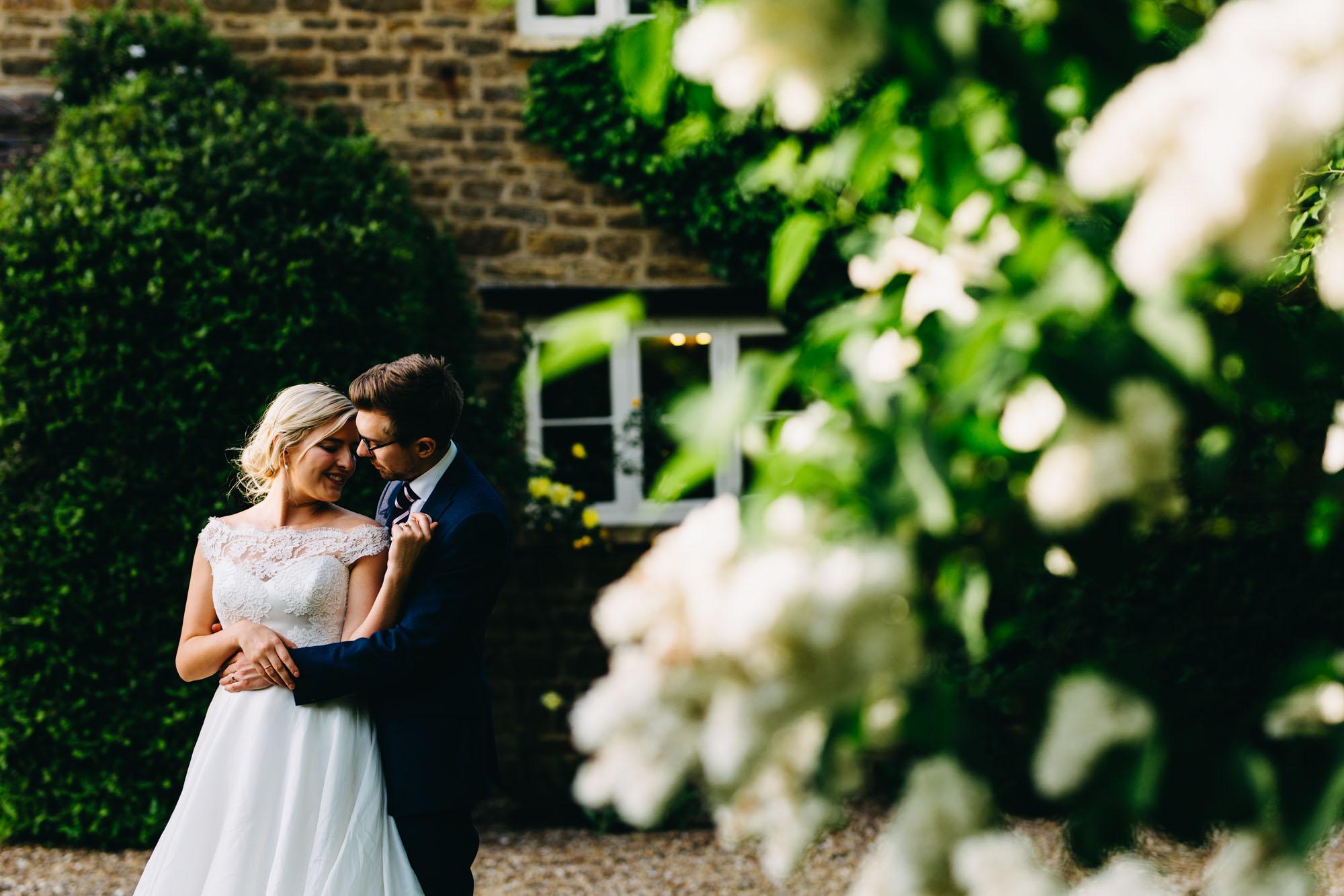 book-theme-wedding-dodmoor-house-51
