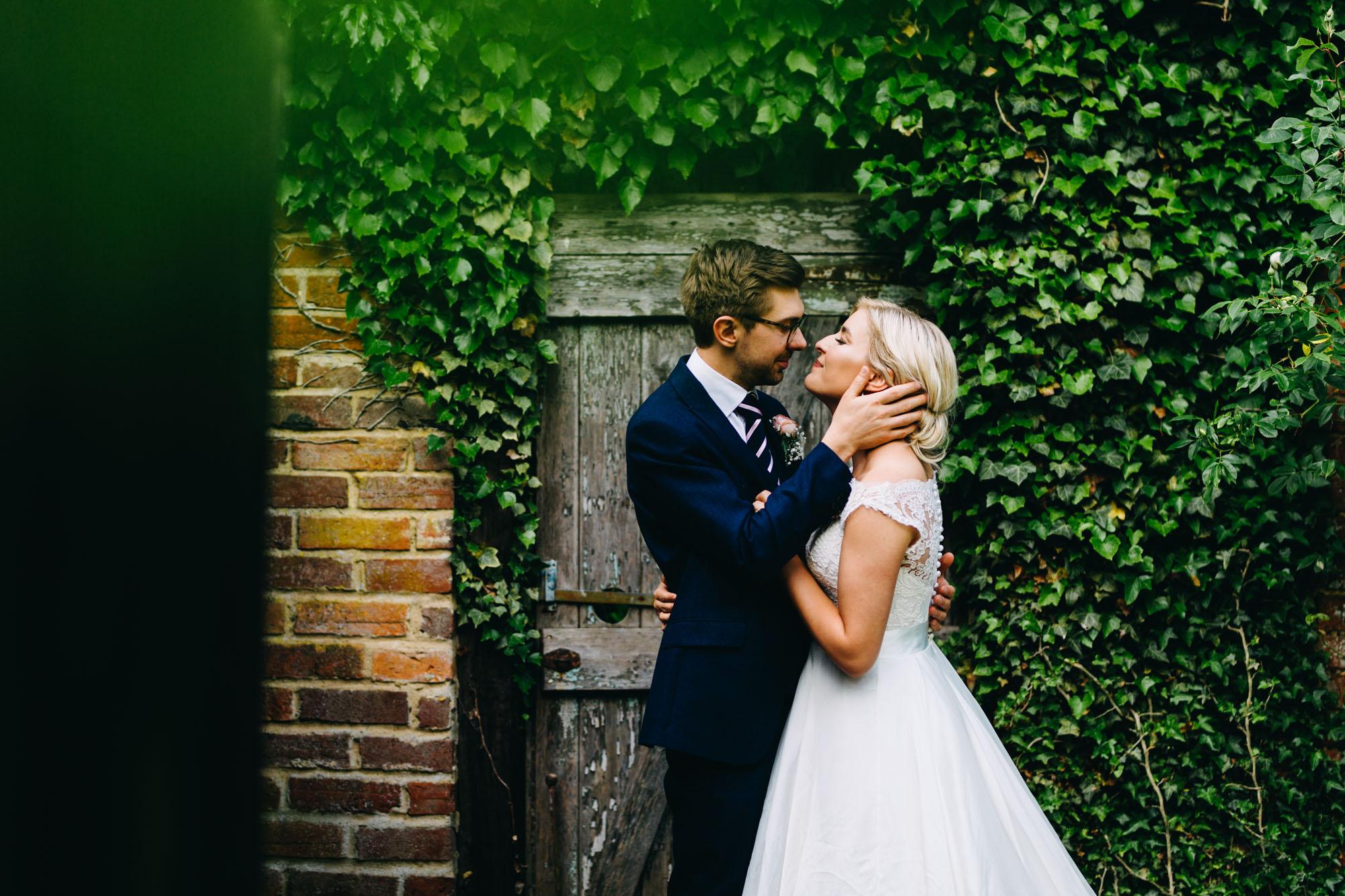 book-theme-wedding-dodmoor-house-54