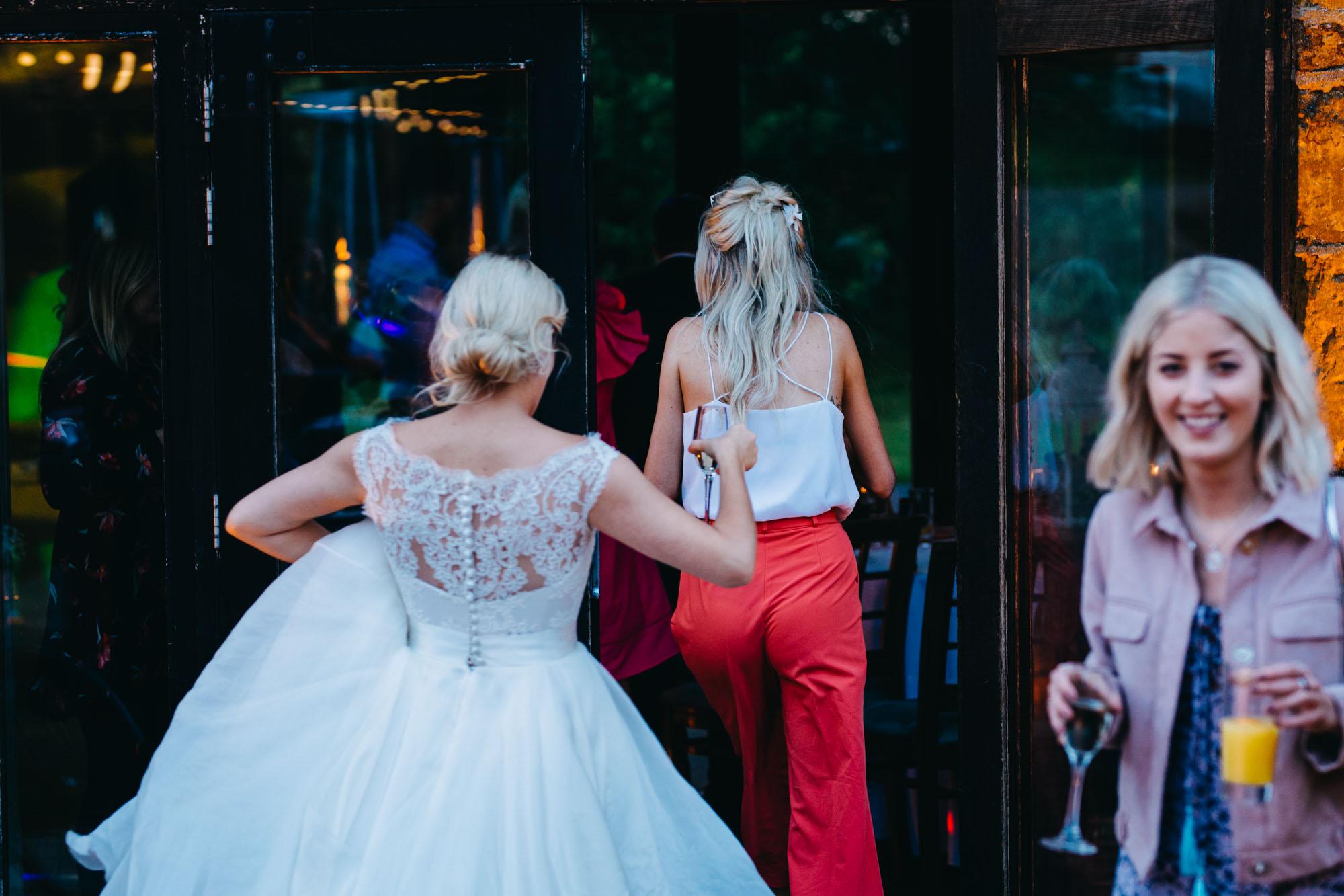 book-theme-wedding-dodmoor-house-69