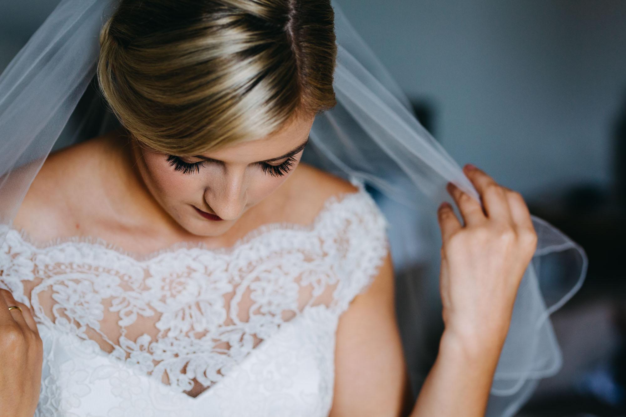 book-theme-wedding-dodmoor-house-8