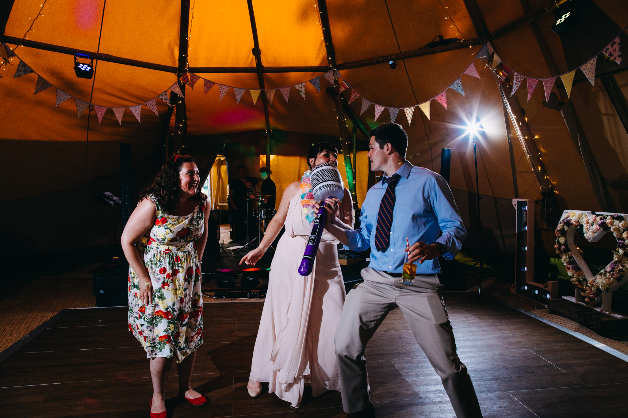 sami-tipi-wedding-bawdon-lodge-79