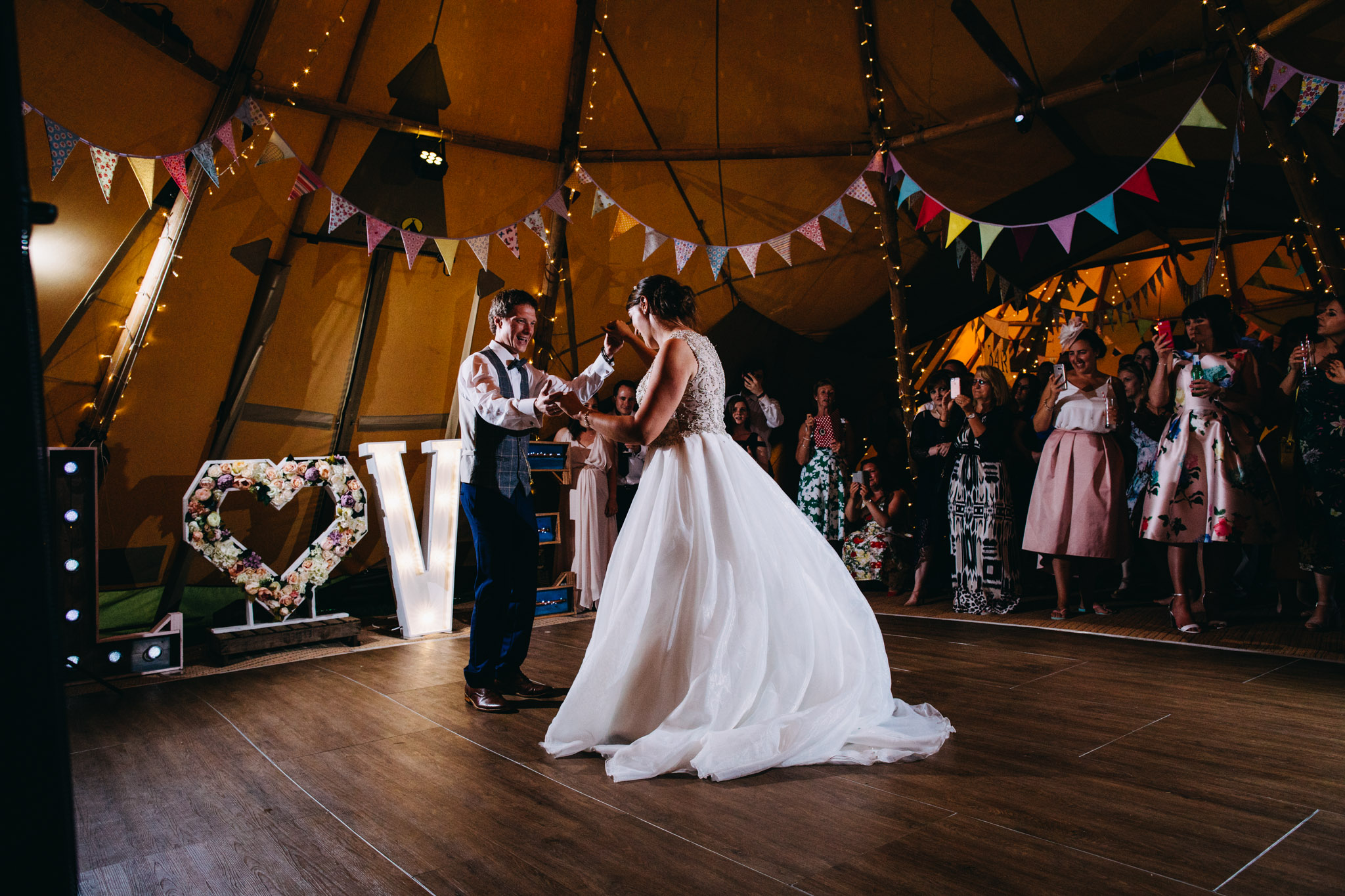sami-tipi-wedding-bawdon-lodge-82