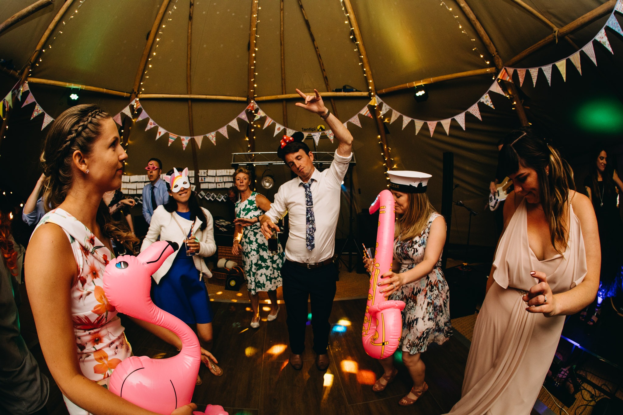 sami-tipi-wedding-bawdon-lodge-96