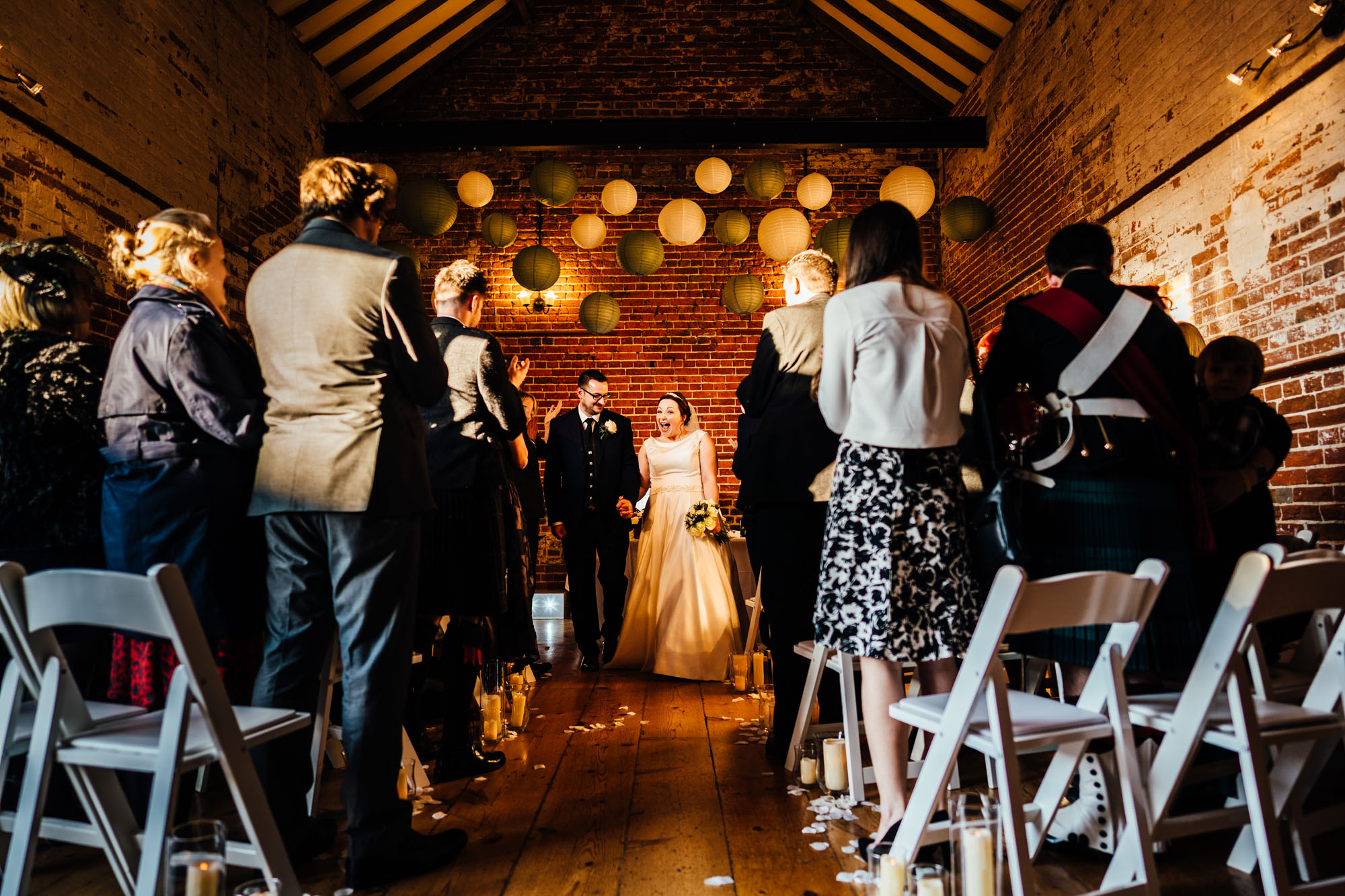 wedding-at-the-dairy-barns-hickling-32