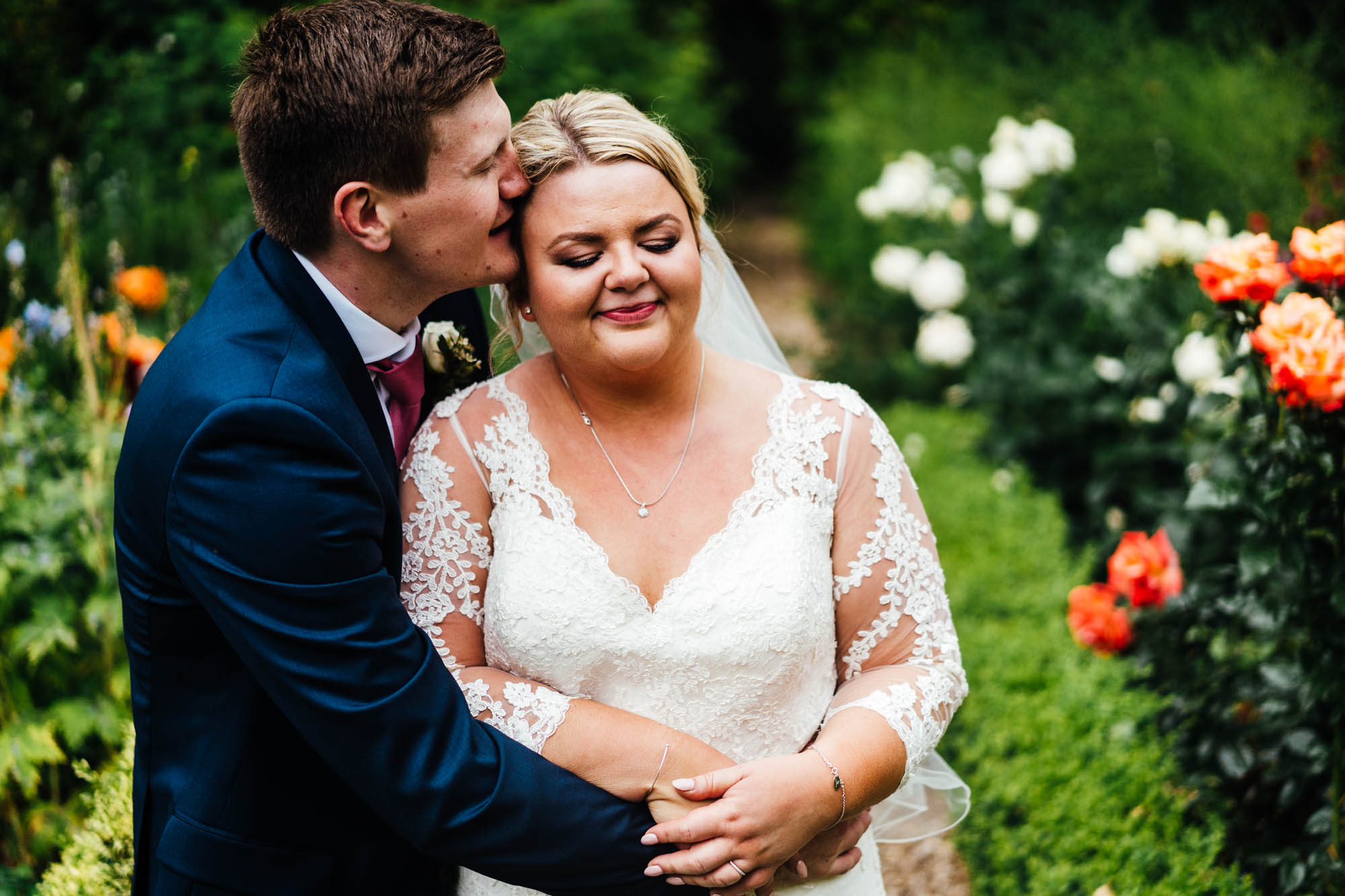 wedding-at-park-farm-shuckburgj-27