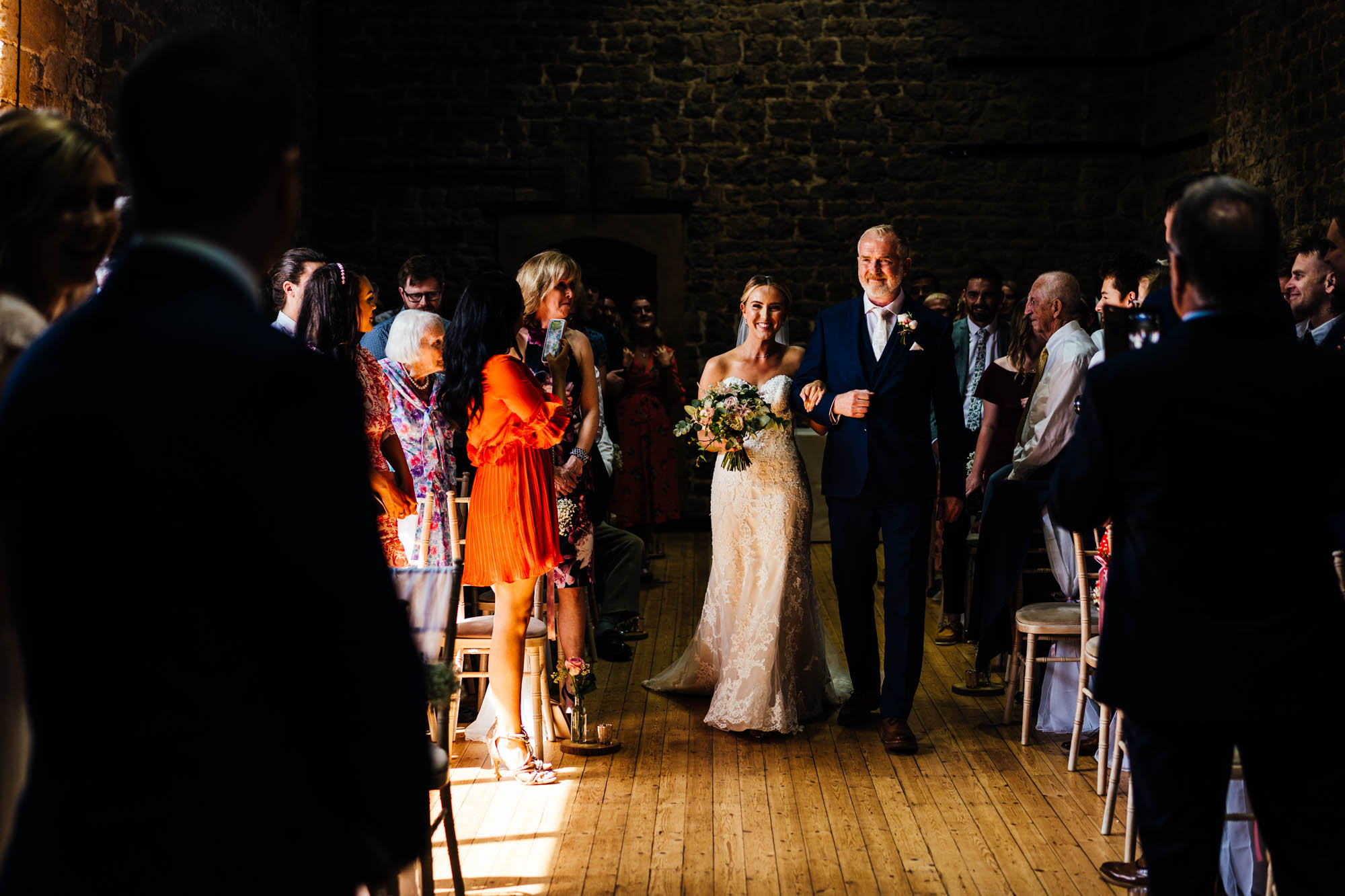 wedding-at-the-barns-at-hunsbury-hill-16