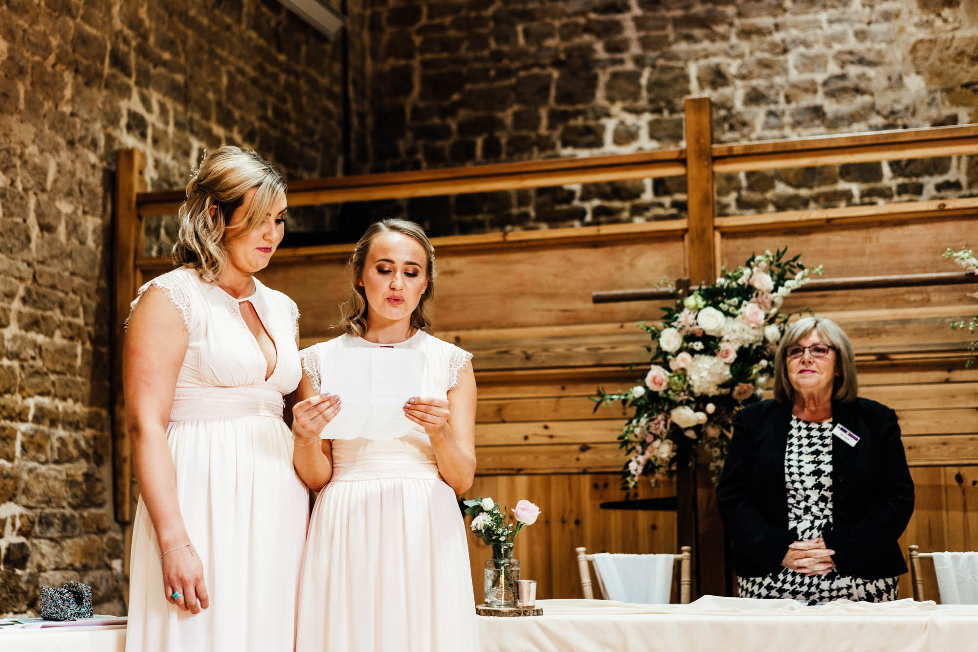 wedding-at-the-barns-at-hunsbury-hill-19