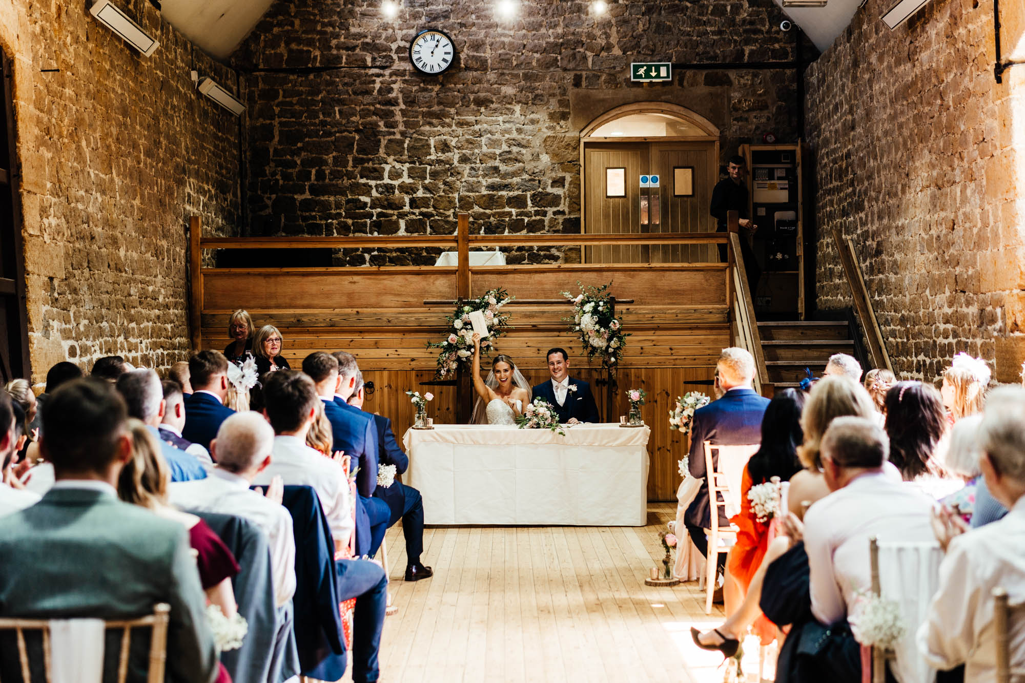 wedding-at-the-barns-at-hunsbury-hill-24