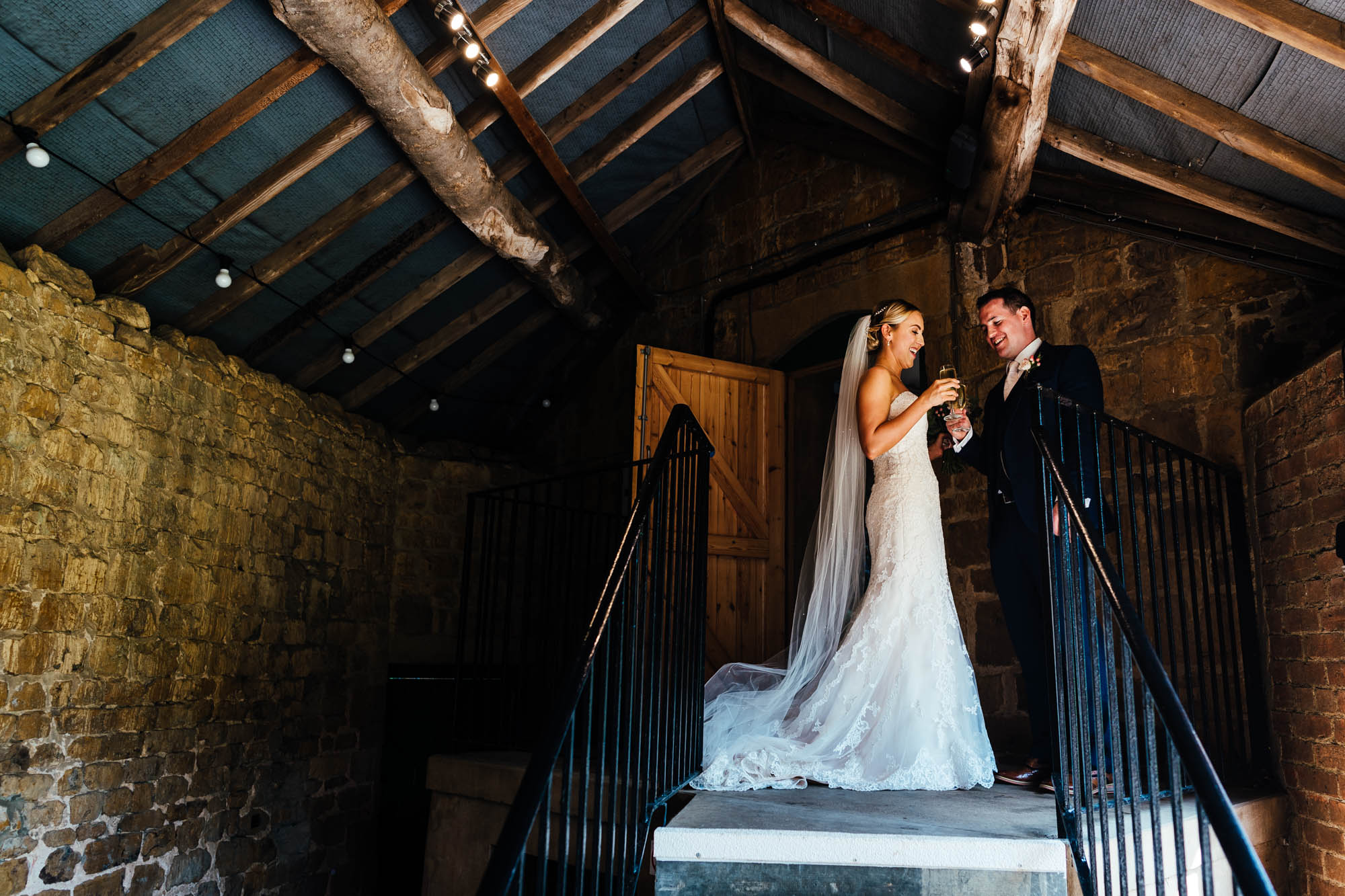 wedding-at-the-barns-at-hunsbury-hill-25