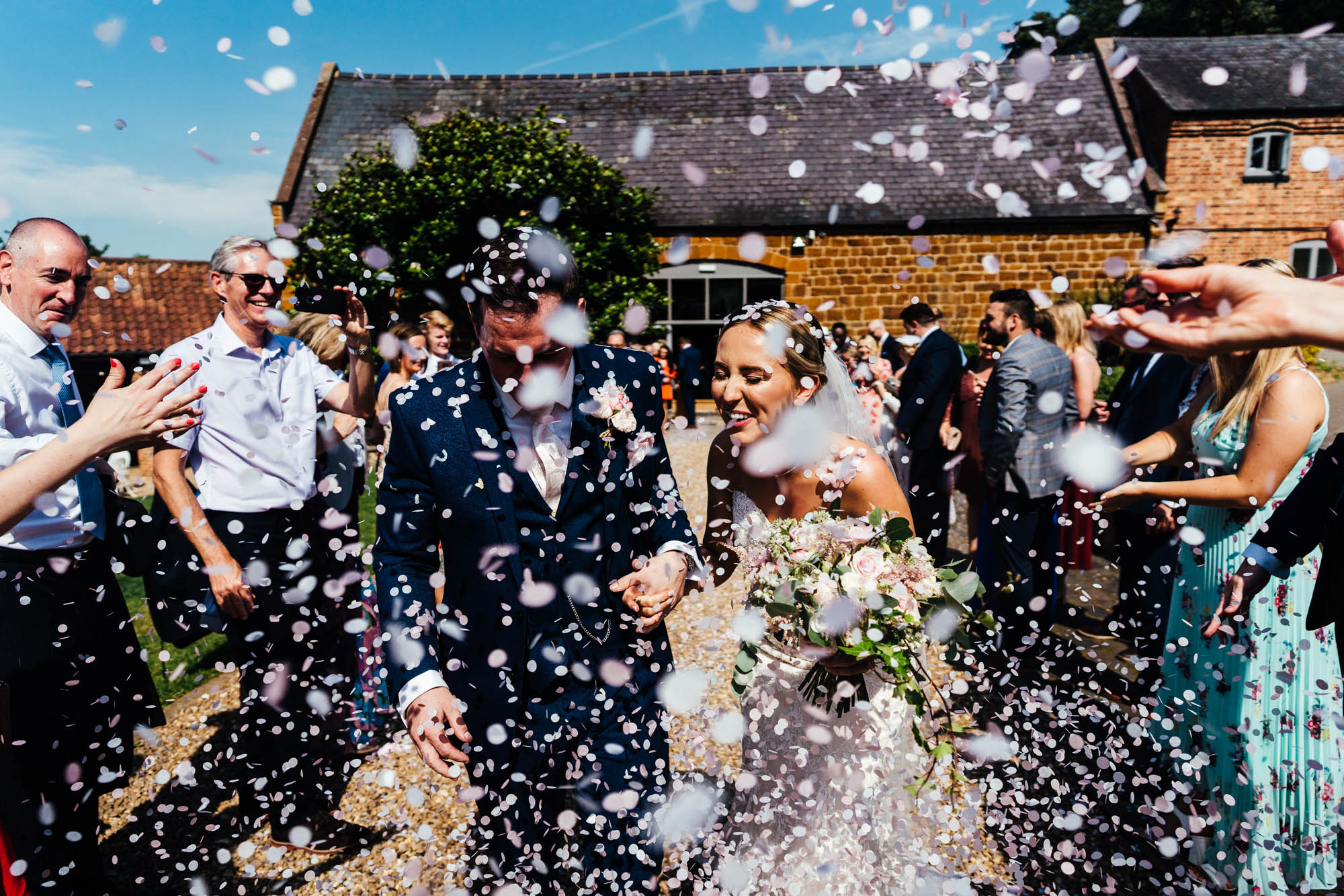 wedding-at-the-barns-at-hunsbury-hill-29