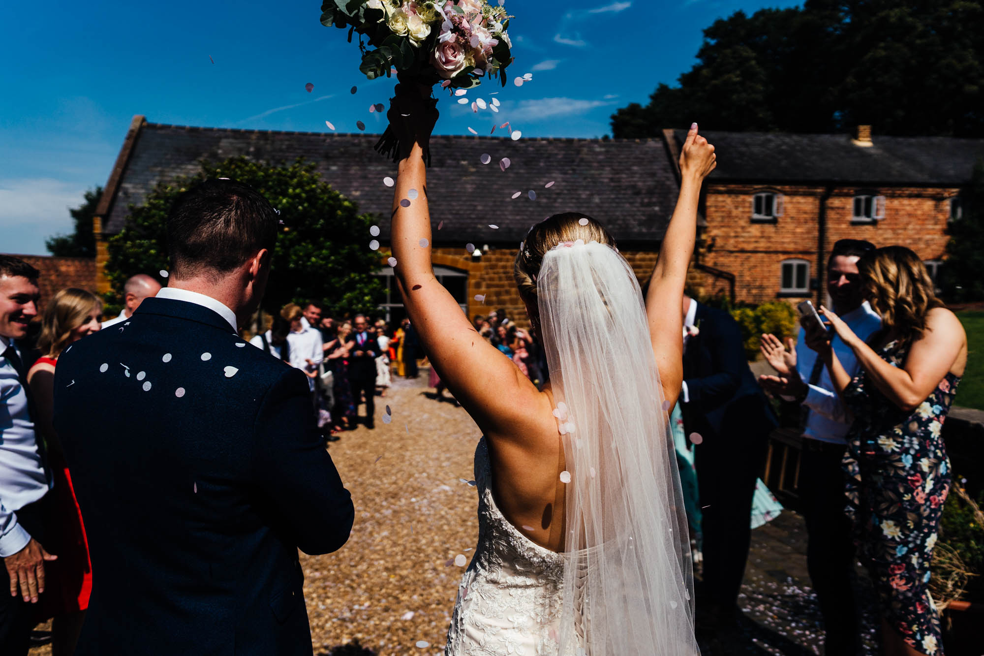 wedding-at-the-barns-at-hunsbury-hill-30