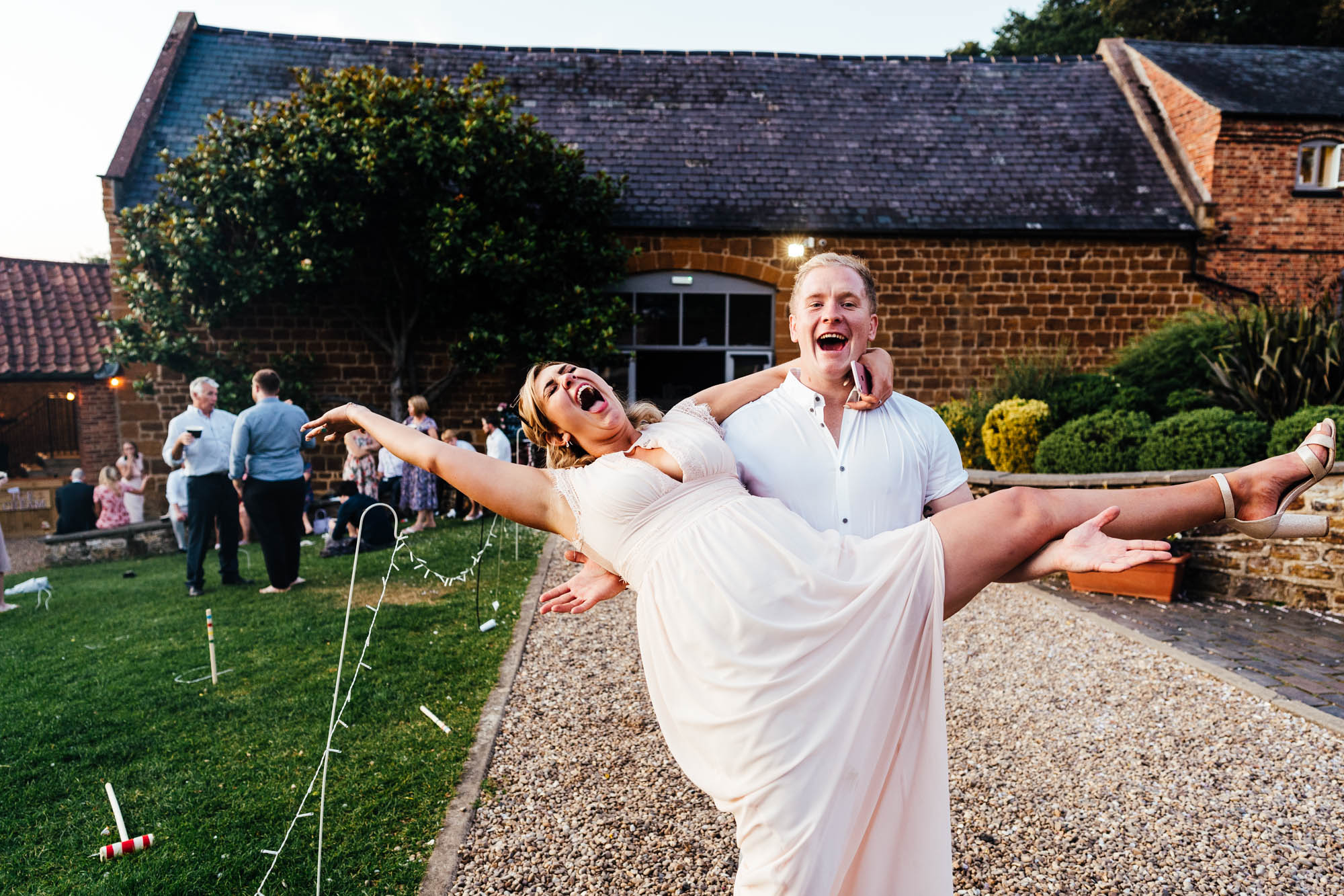 wedding-at-the-barns-at-hunsbury-hill-70