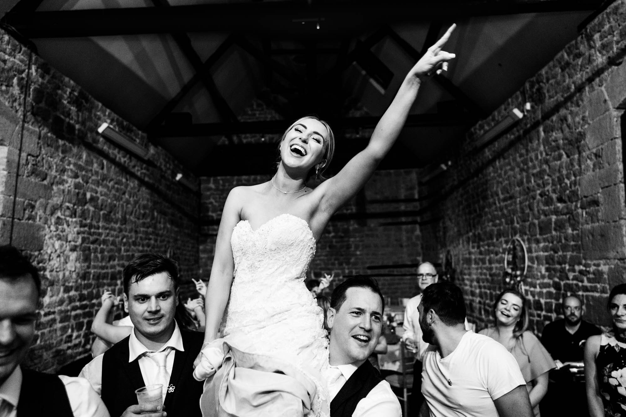 wedding-at-the-barns-at-hunsbury-hill-84