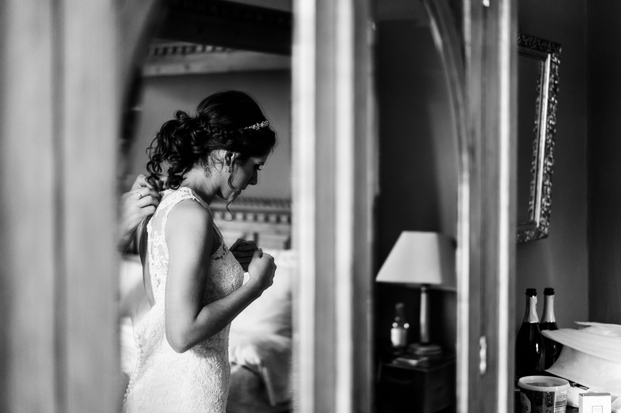 colourful-suffolk-barn-wedding-15