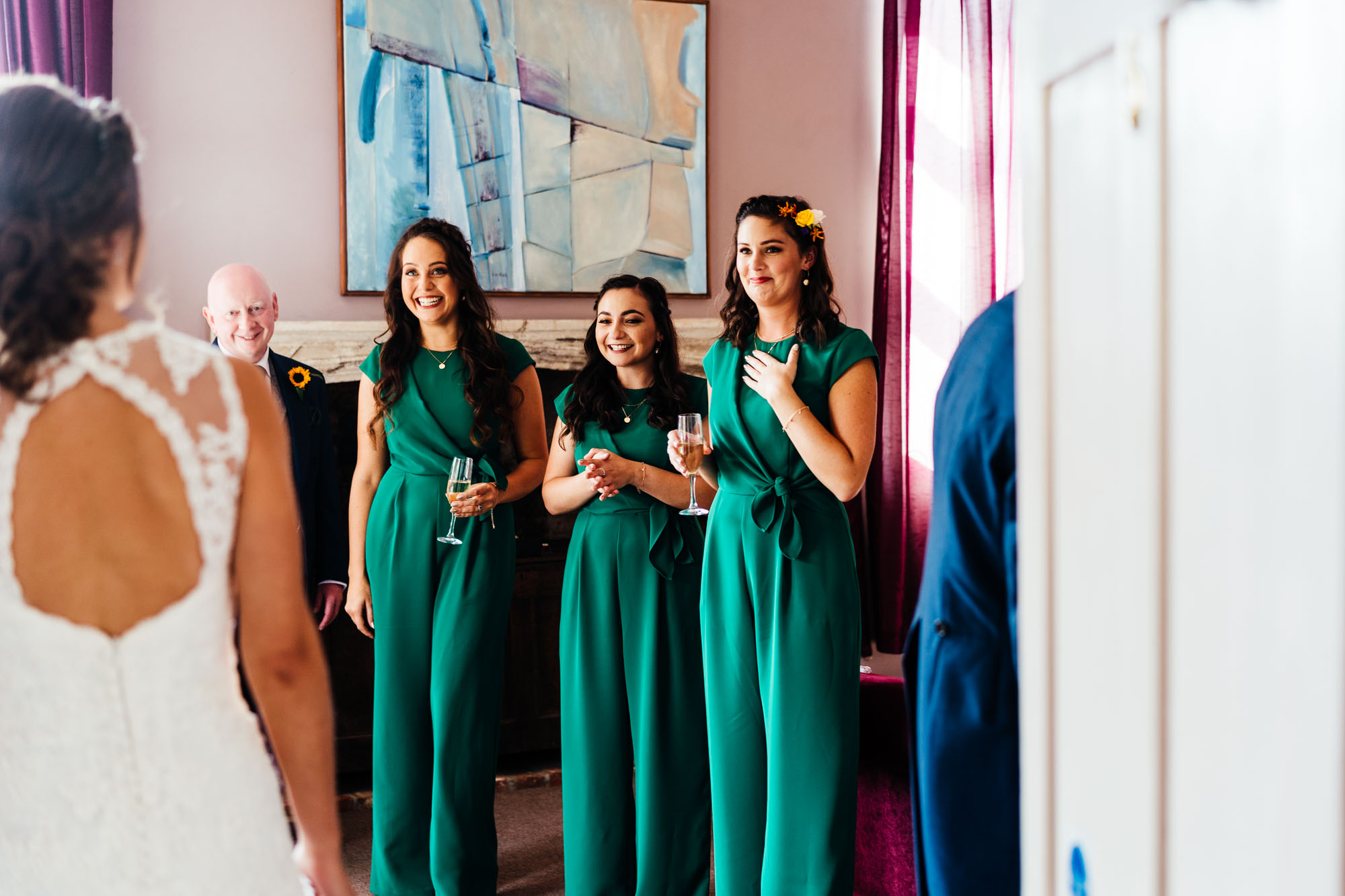 colourful-suffolk-barn-wedding-17