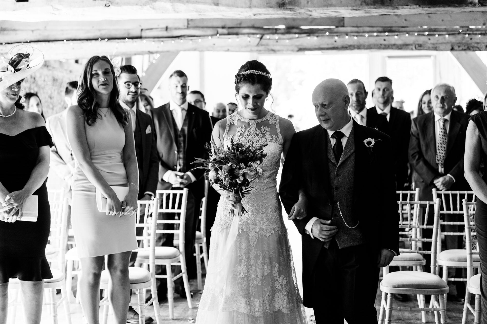 colourful-suffolk-barn-wedding-19