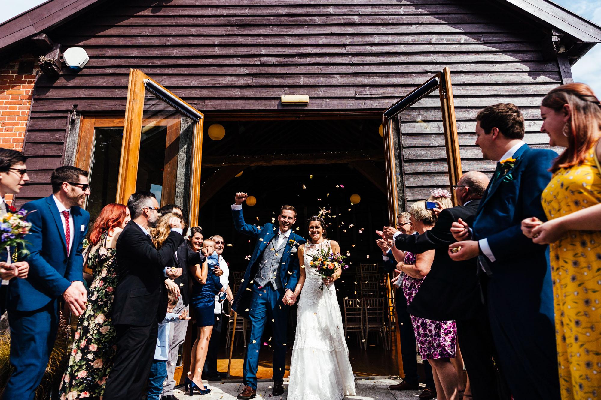 colourful-suffolk-barn-wedding-29