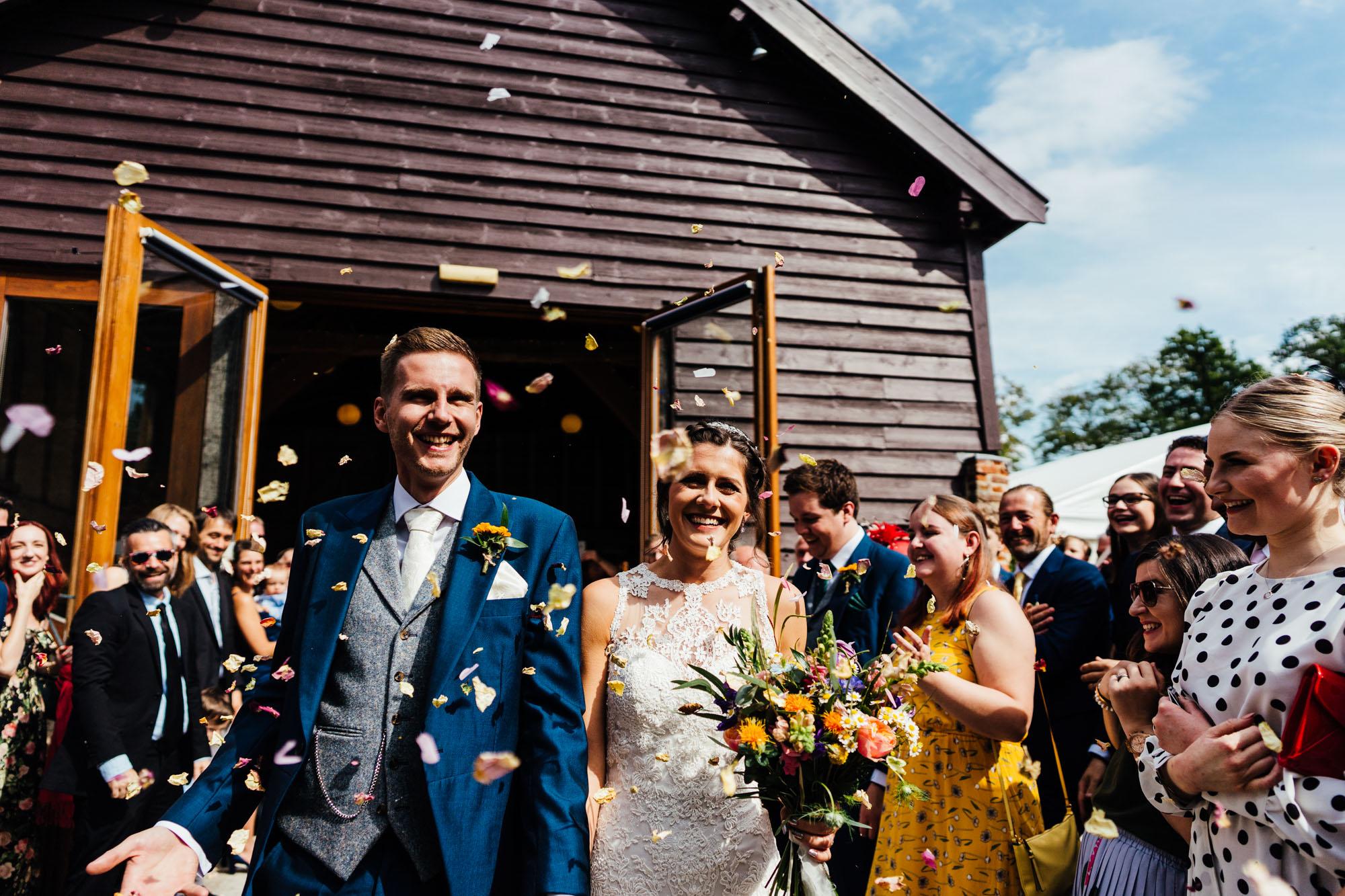 colourful-suffolk-barn-wedding-30