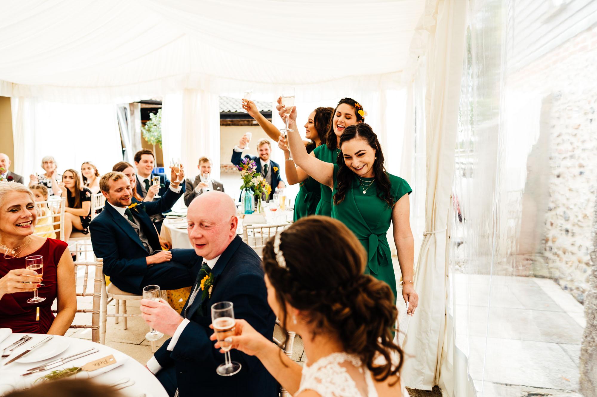 colourful-suffolk-barn-wedding-48