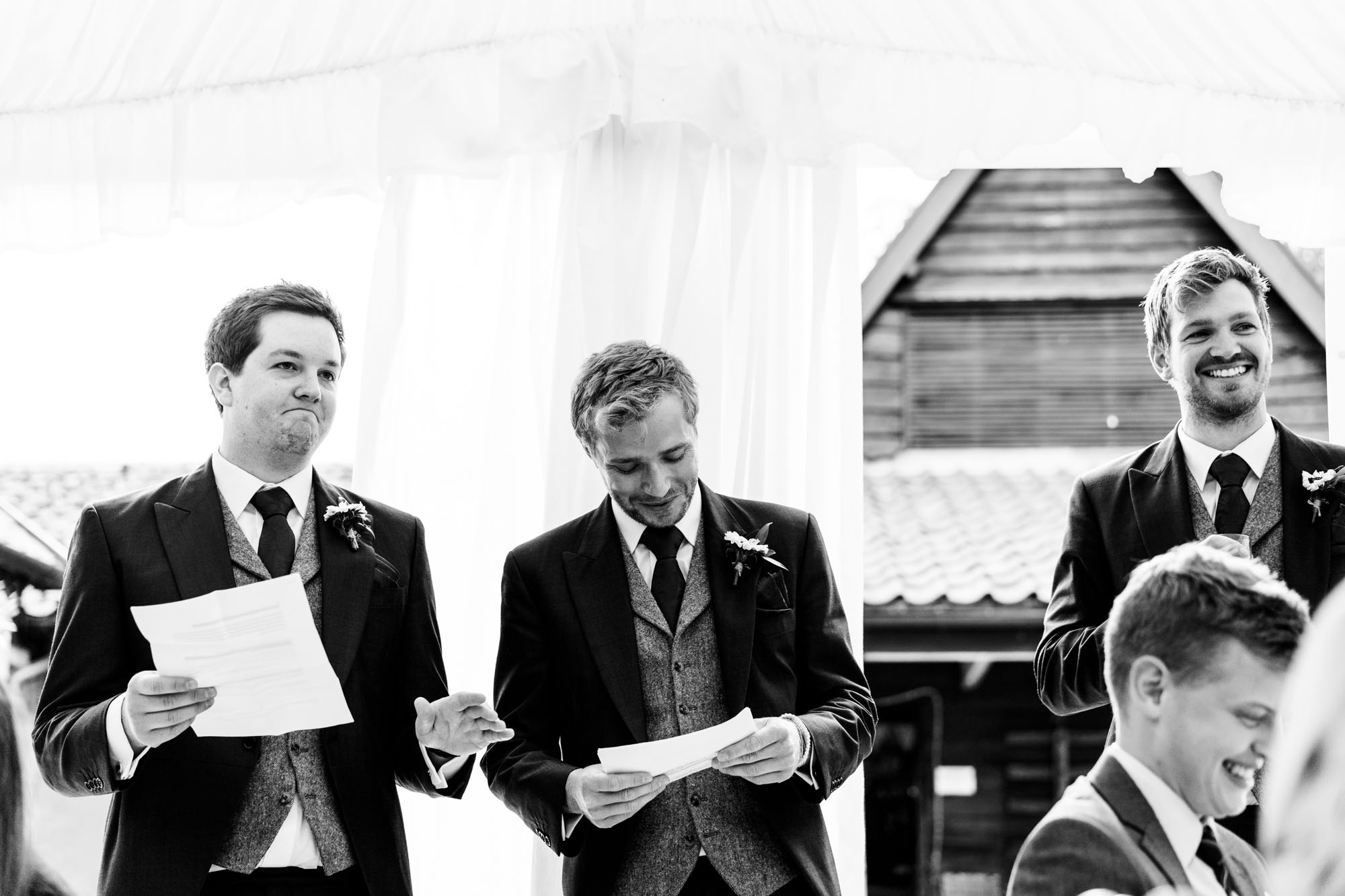 colourful-suffolk-barn-wedding-49