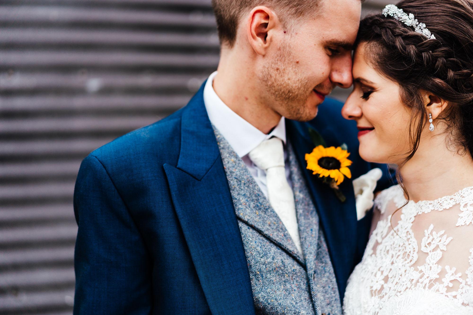 colourful-suffolk-barn-wedding-52