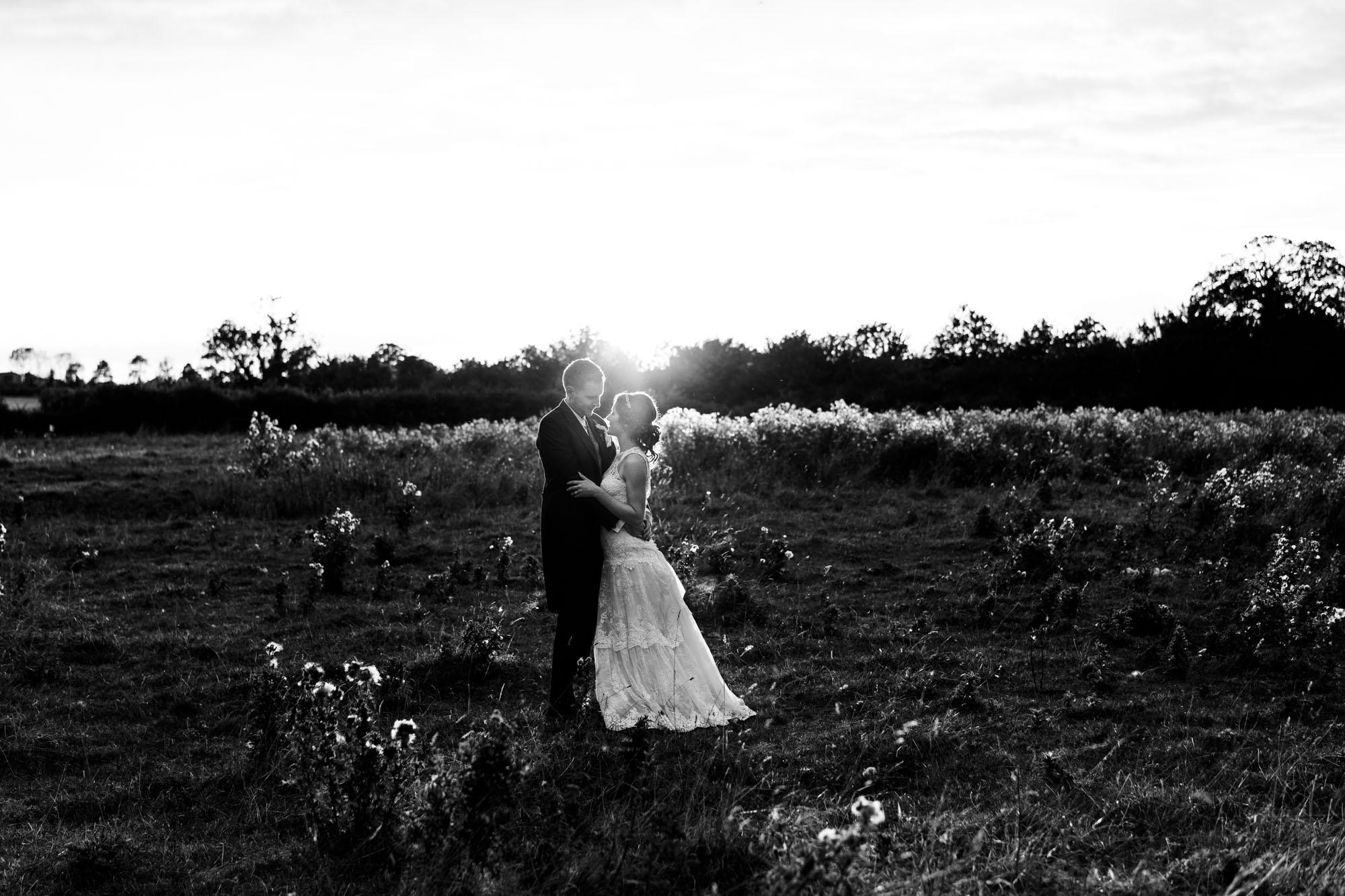 colourful-suffolk-barn-wedding-59