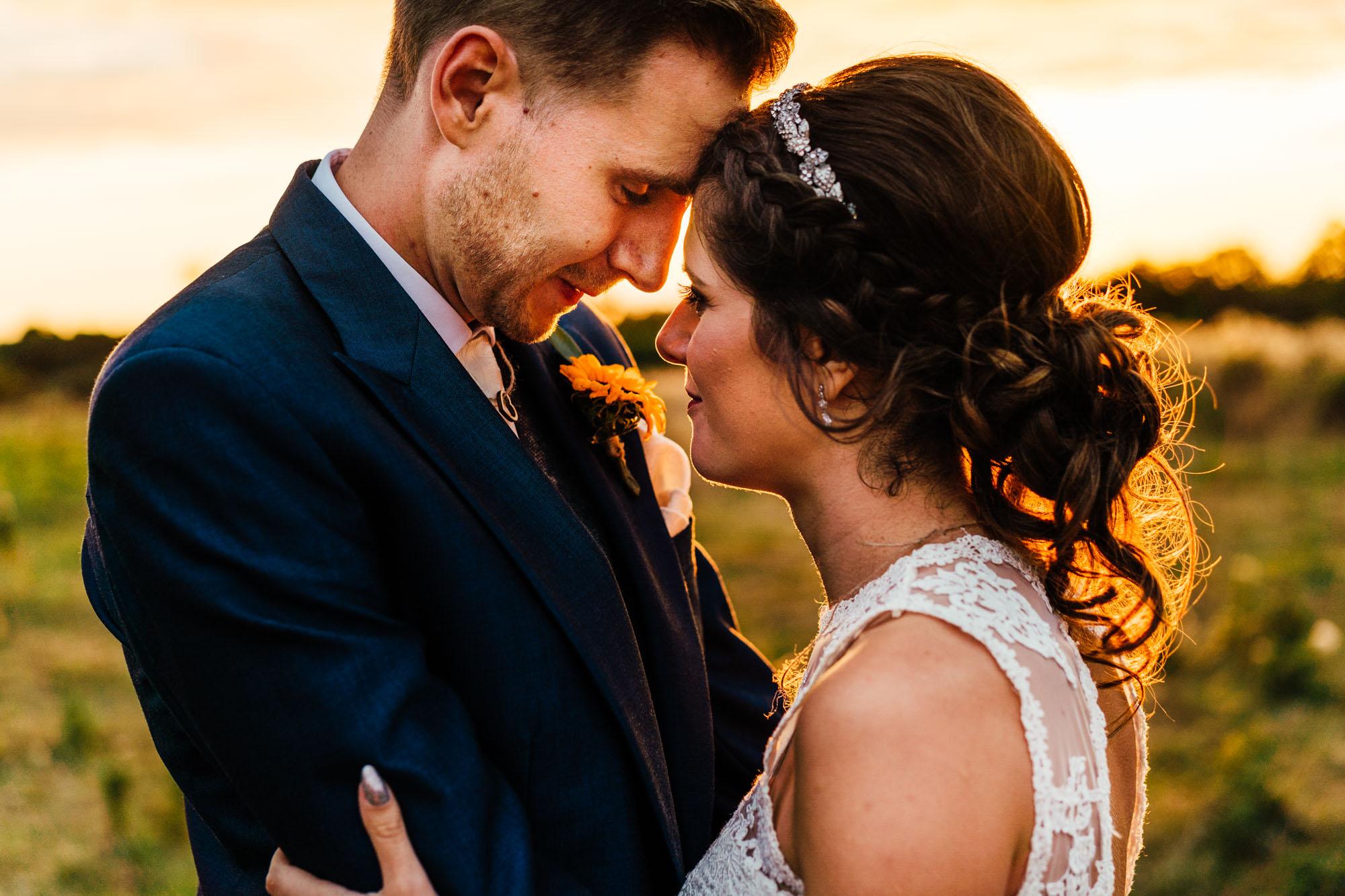 colourful-suffolk-barn-wedding-60
