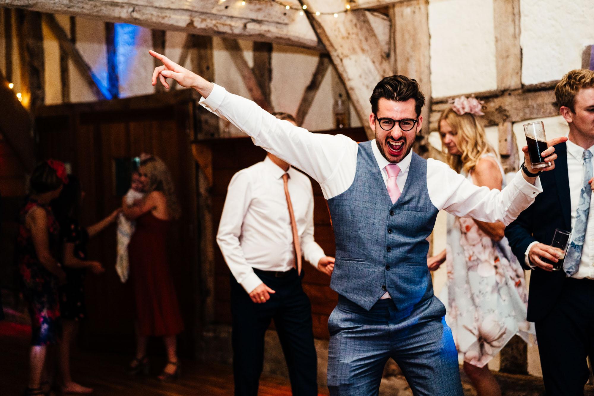 colourful-suffolk-barn-wedding-76